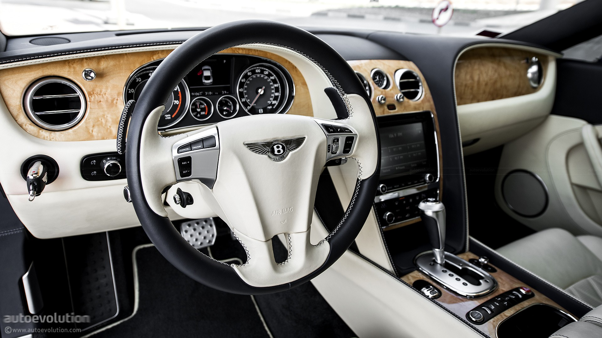 2017 Bentley Continental Gt Dashboard