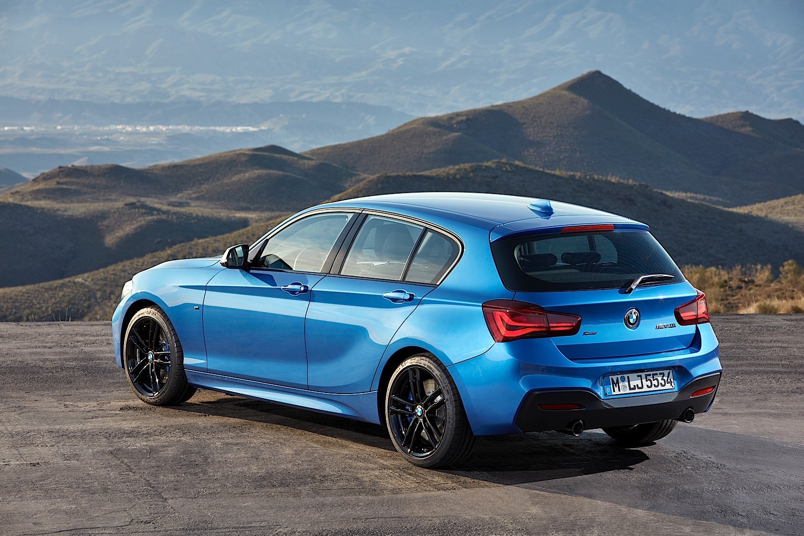 2018 bmw 1 series will go through some drastic changes autoevolution. Black Bedroom Furniture Sets. Home Design Ideas