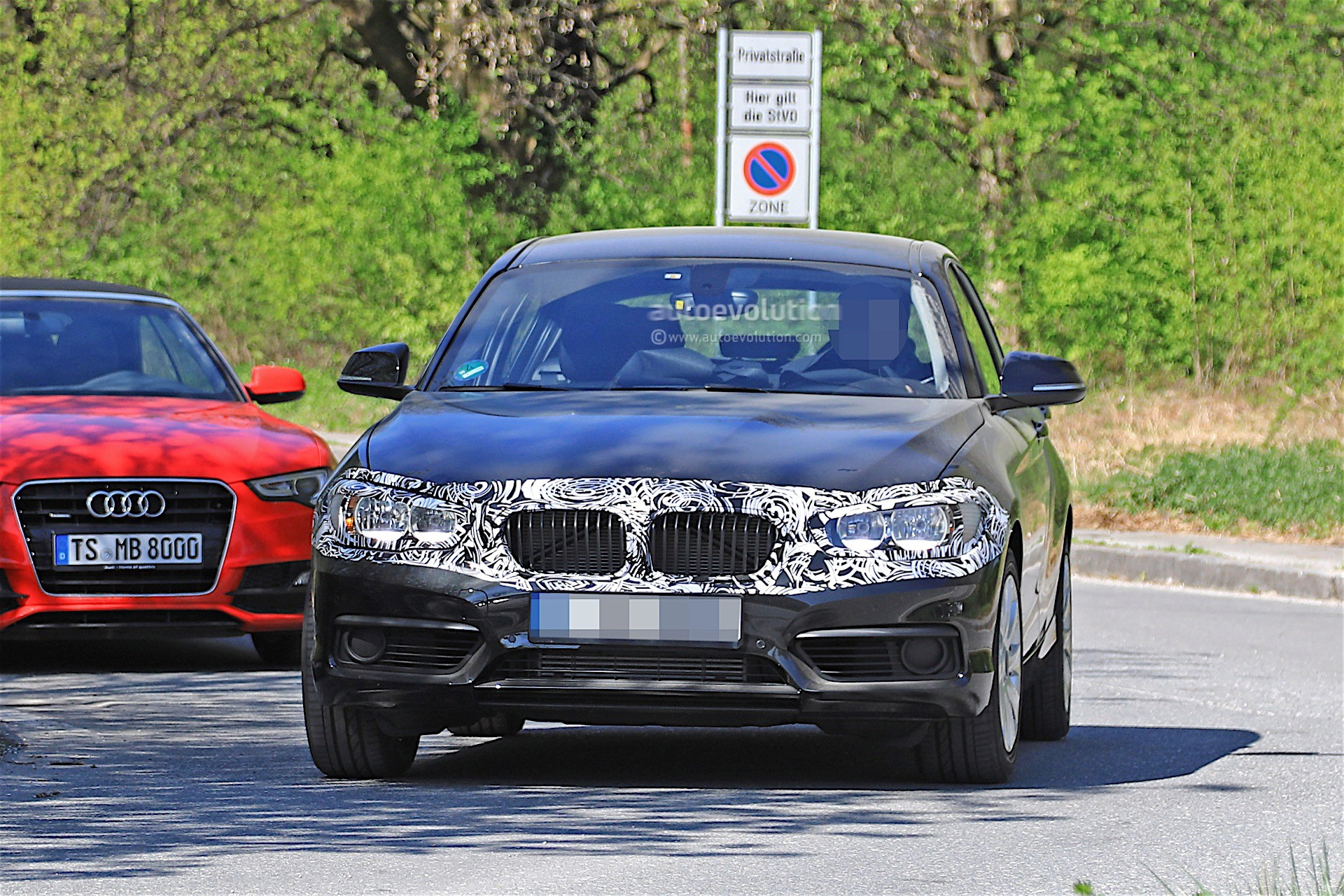 2018 Bmw 1 Series Facelift Spied With Less Camouflage In Germany Autoevolution