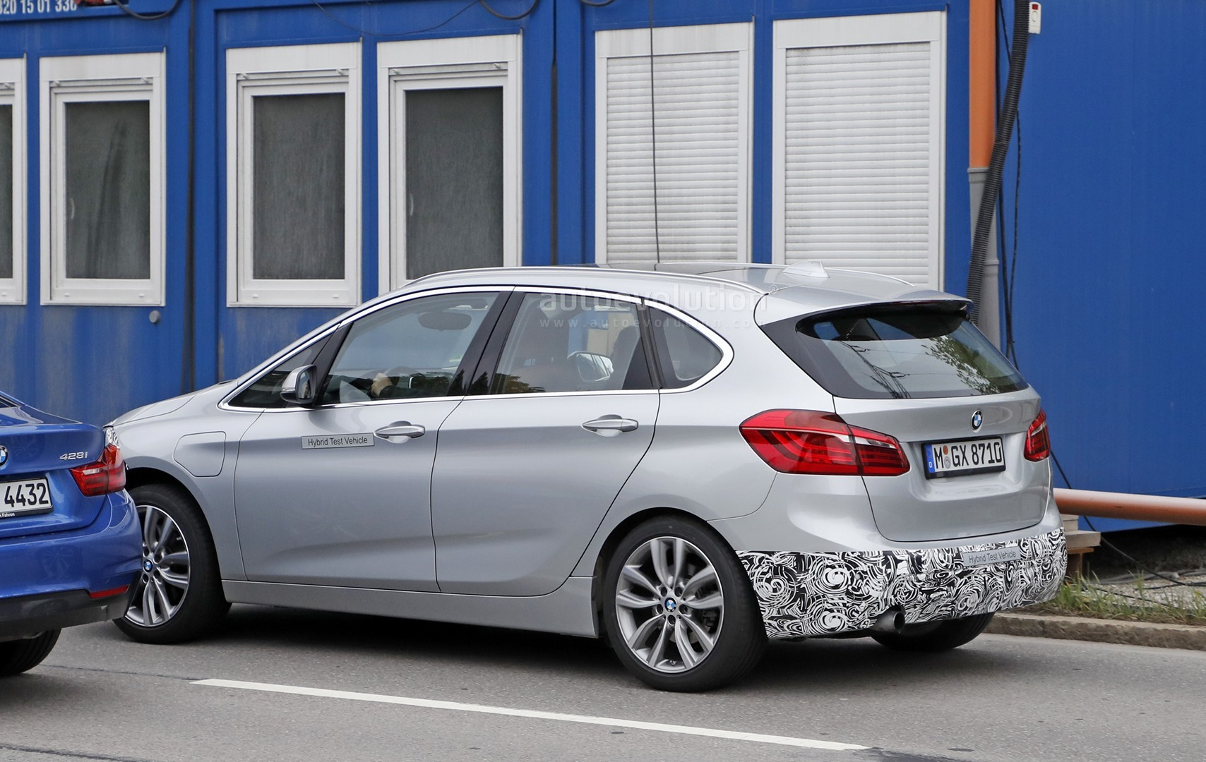 2018 - [BMW] Série 2 Active Tourer restylé  2018-bmw-2-series-active-tourer-spied-with-cool-new-headlights_12