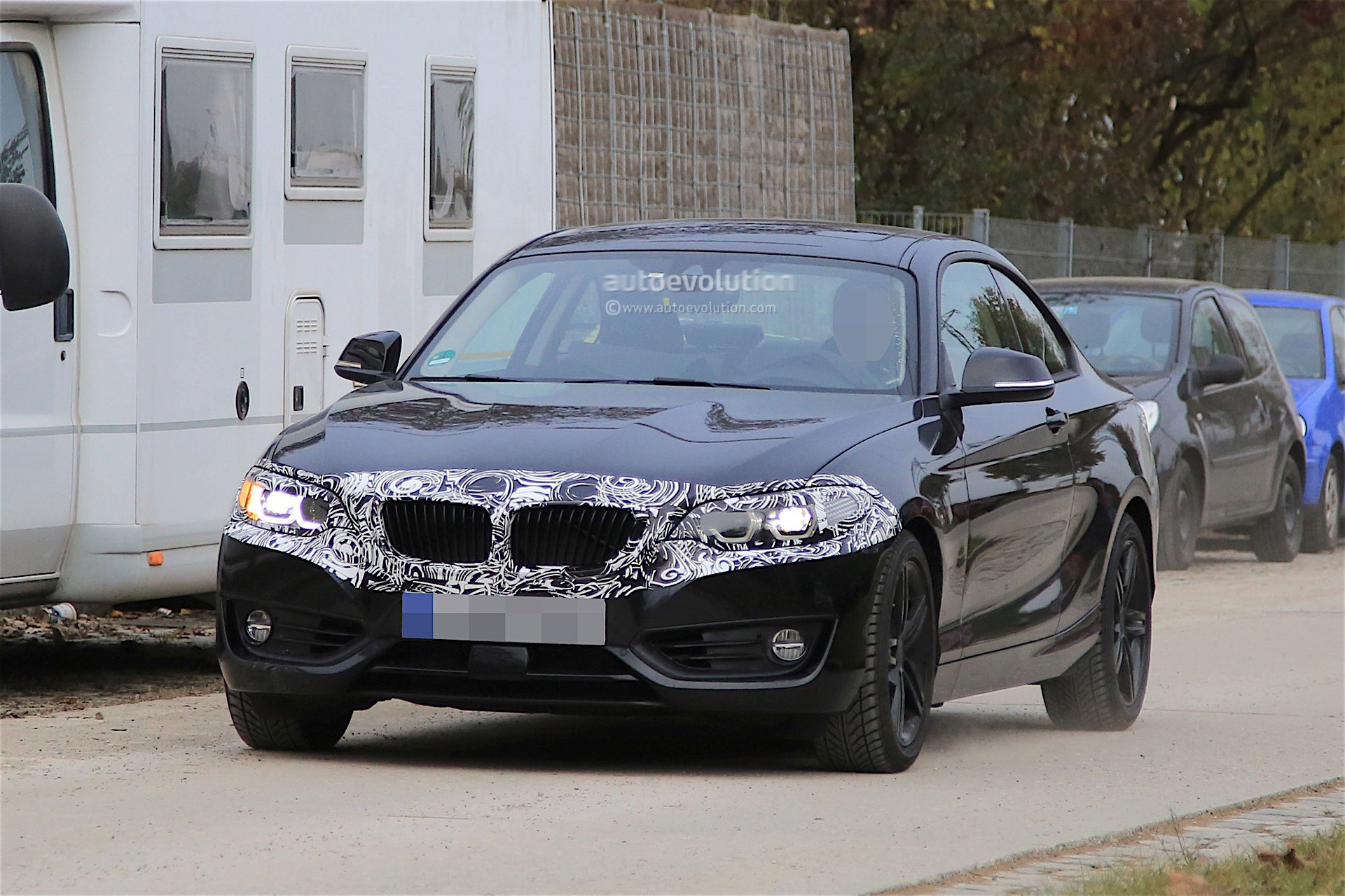 BMW Series Coupe Facelift Spied With Discreet Camouflage - Bmw 2 series release date