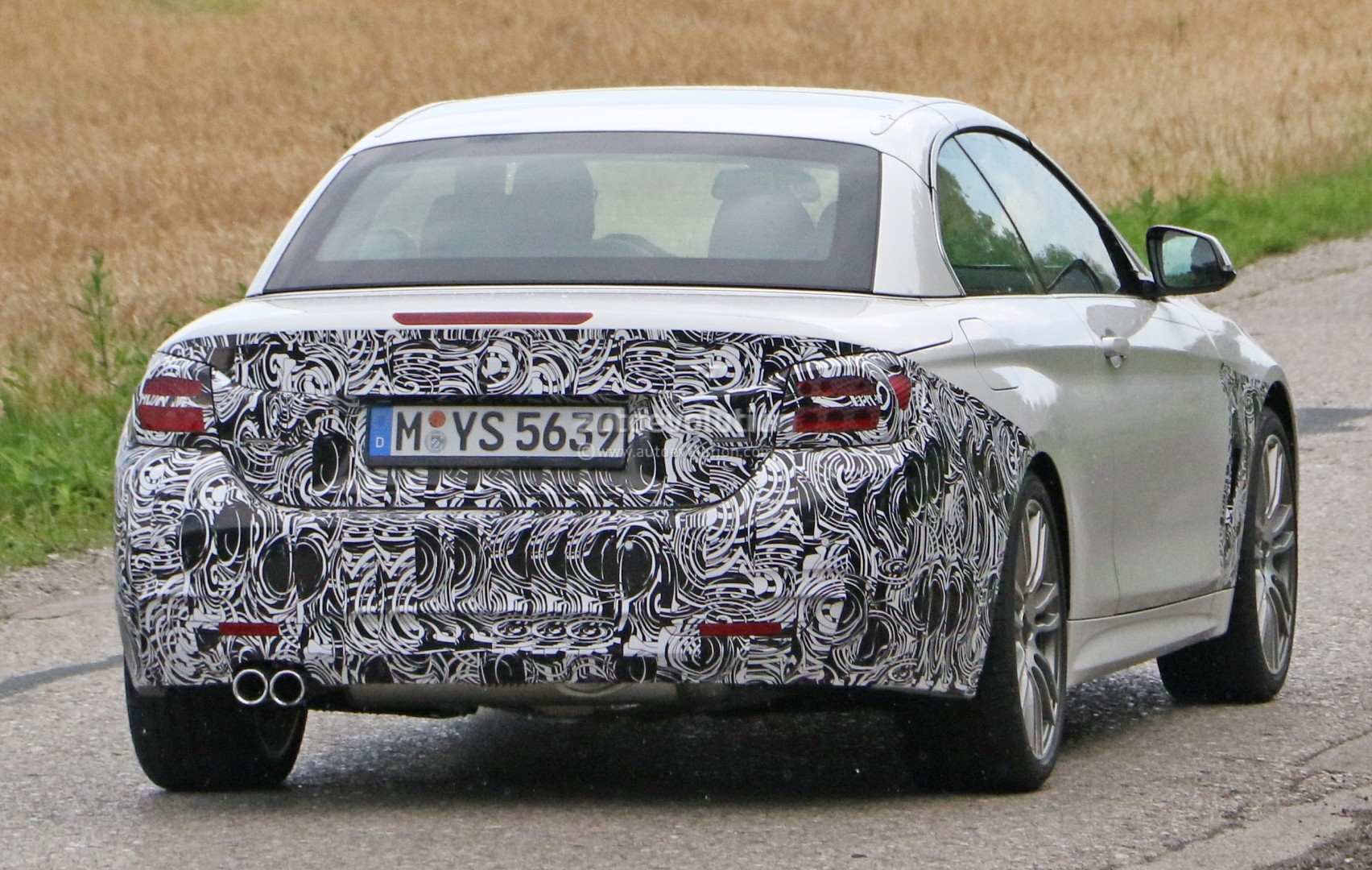 2018-bmw-4​-series-co​nvertible-​makes-spys​hot-debut_​10