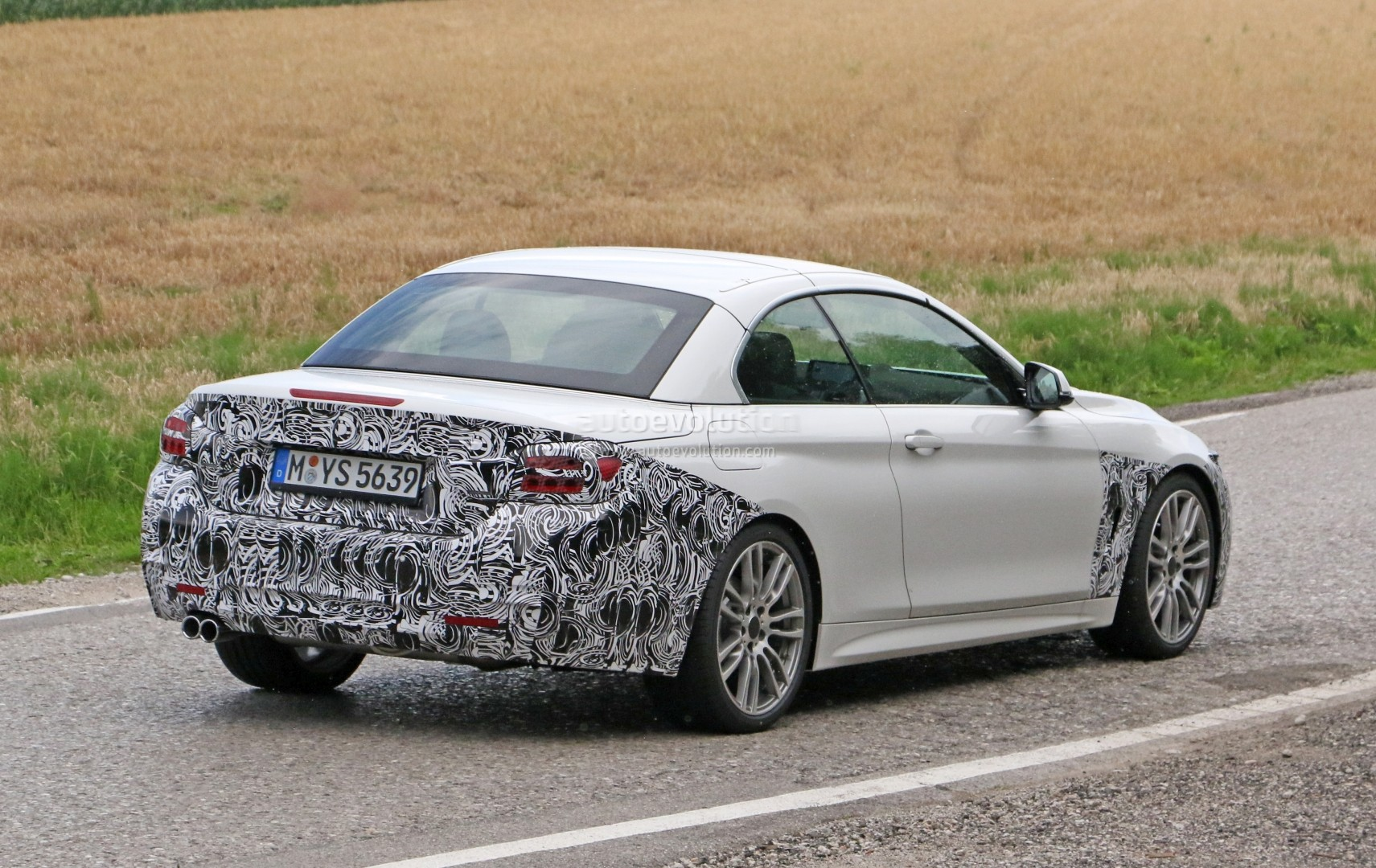 2018-bmw-4​-series-co​nvertible-​makes-spys​hot-debut_​8