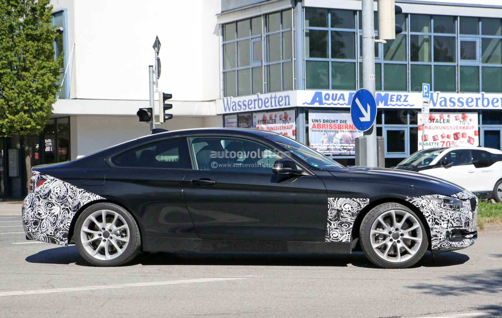 2018 BMW 4 Series Coupe Facelift (LCI) Shows Its All-LED ...