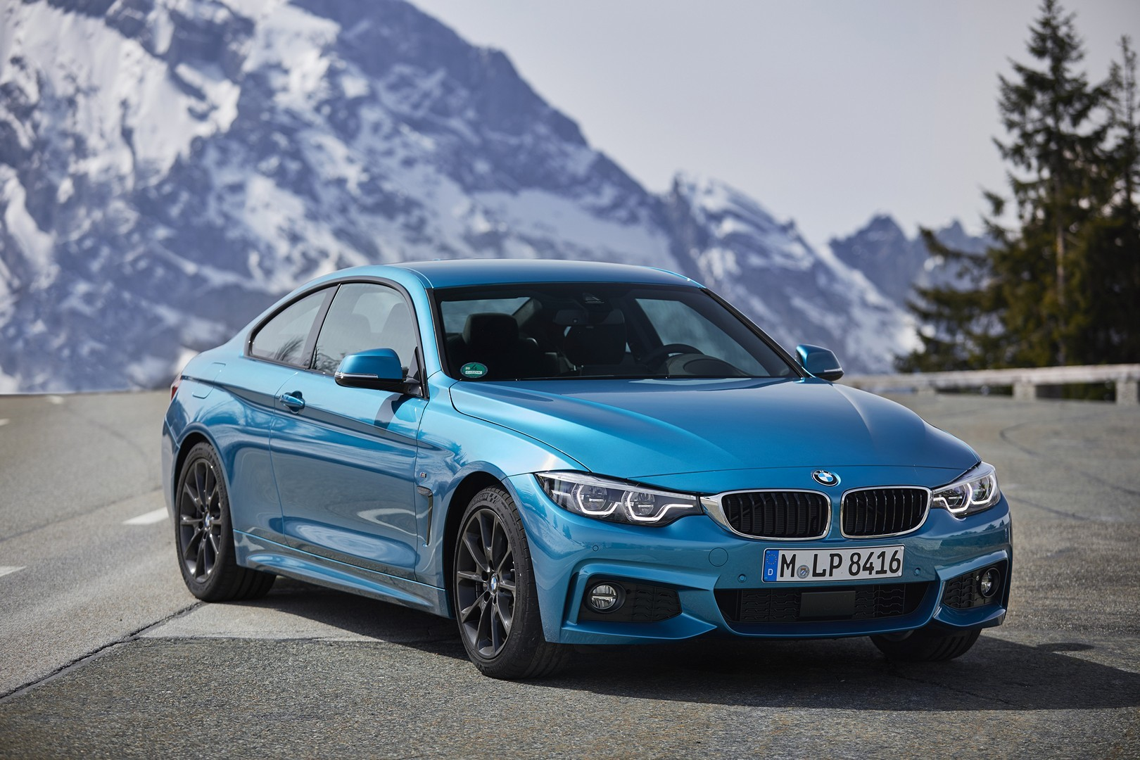 2018 bmw 440i m sport coupe gets new launch photos and videos autoevolution. Black Bedroom Furniture Sets. Home Design Ideas
