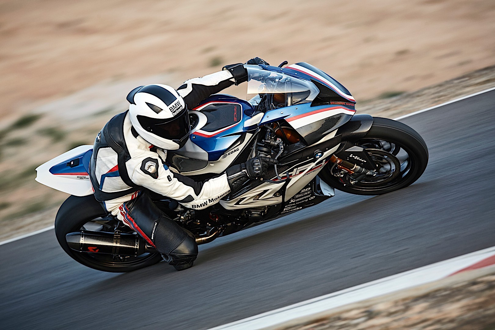 Fully Carbon Fiber 2018 Bmw Hp4 Race U S Price And Specs Revealed