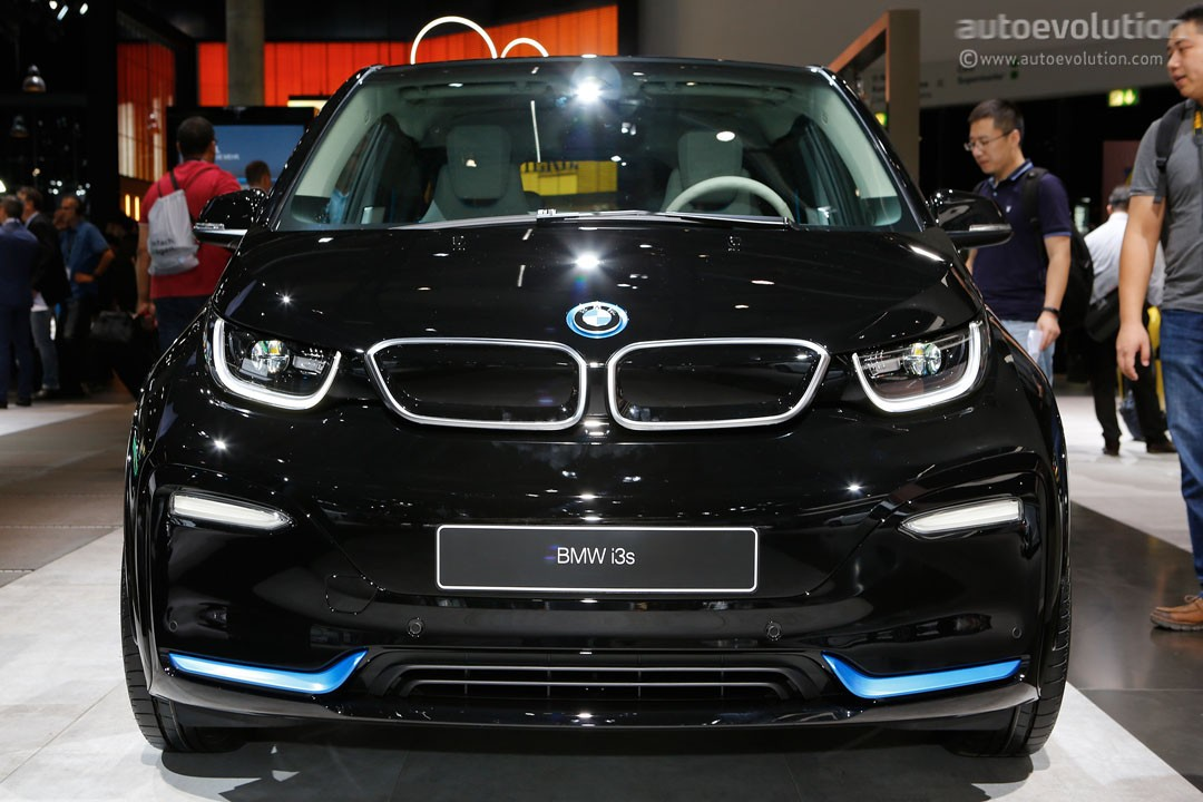 bmw i3 might be cheaper to live with due to carbon fiber construction autoevolution. Black Bedroom Furniture Sets. Home Design Ideas