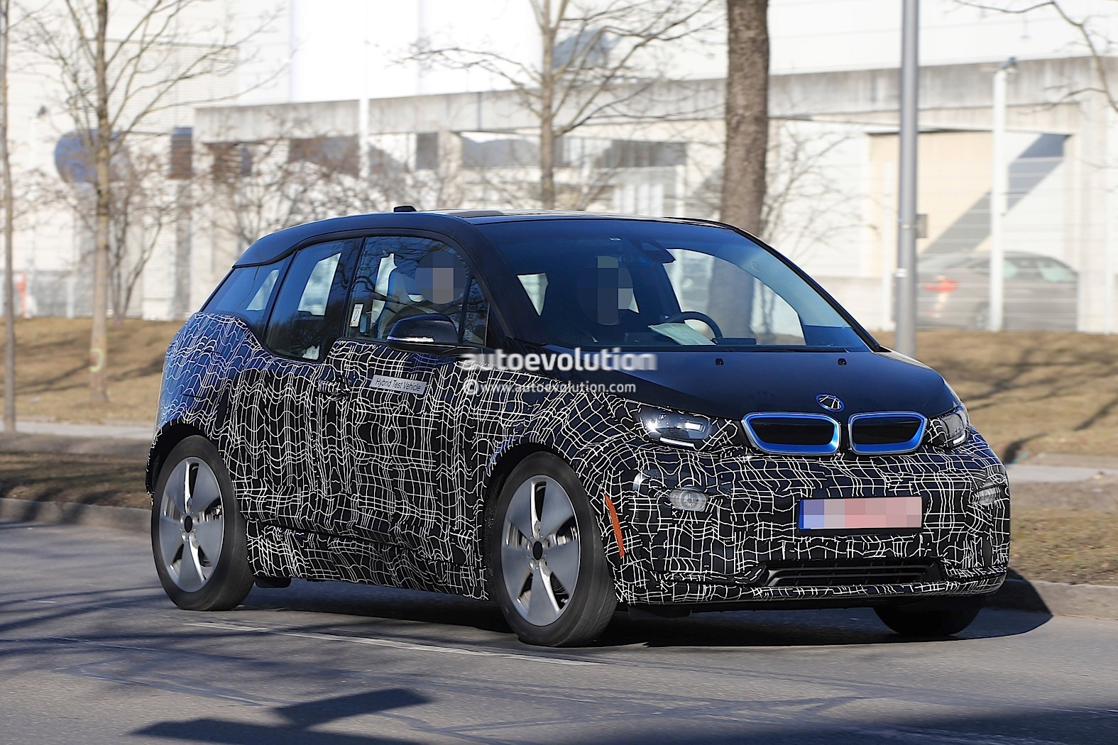 2018 bmw i3 s prototype spotted for the first time autoevolution. Black Bedroom Furniture Sets. Home Design Ideas