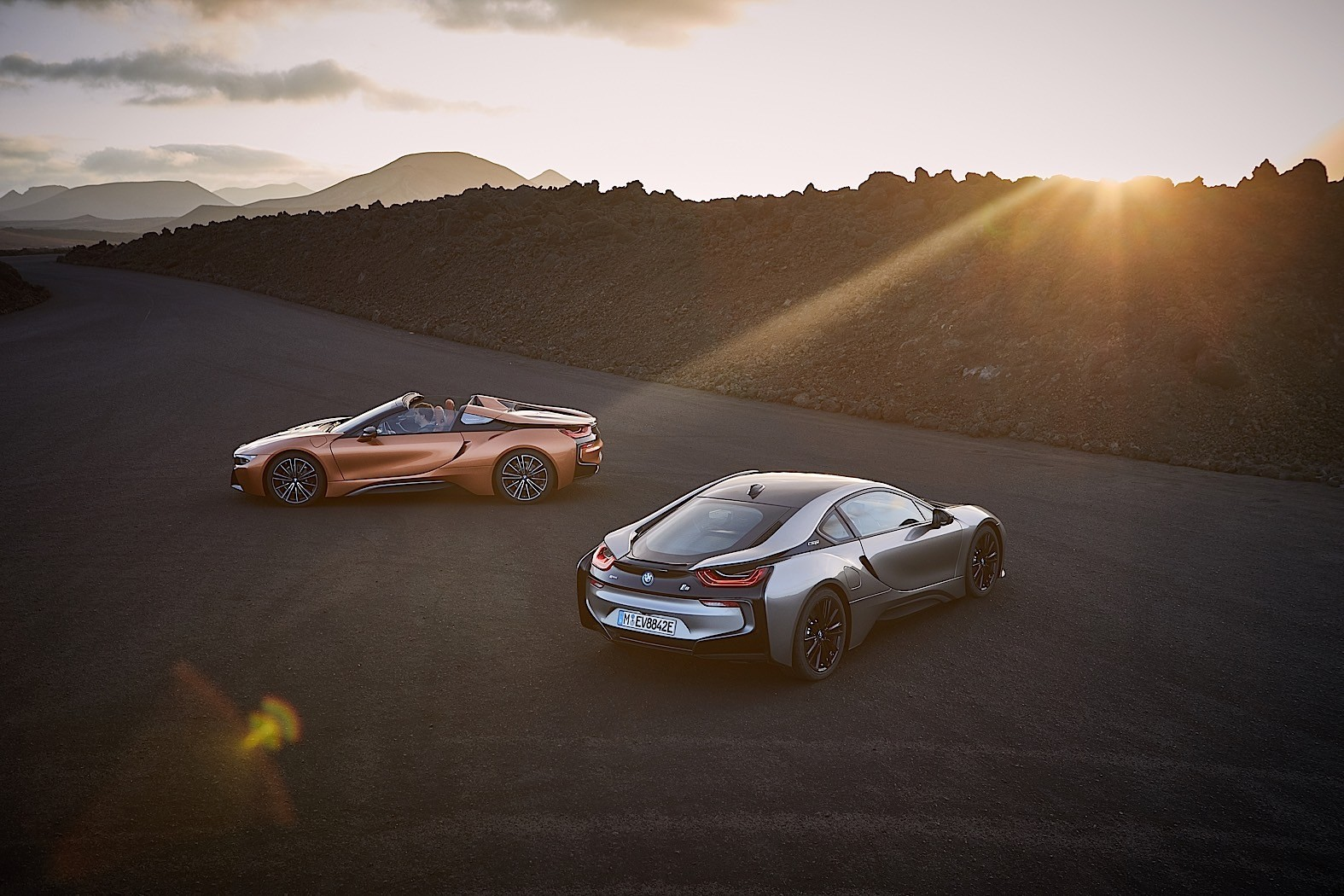 2018 BMW i8 Coupe and Roadster