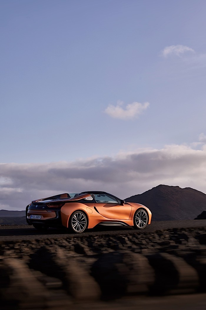 2018 Bmw I8 Coupe Gets A Roadster Brother And More