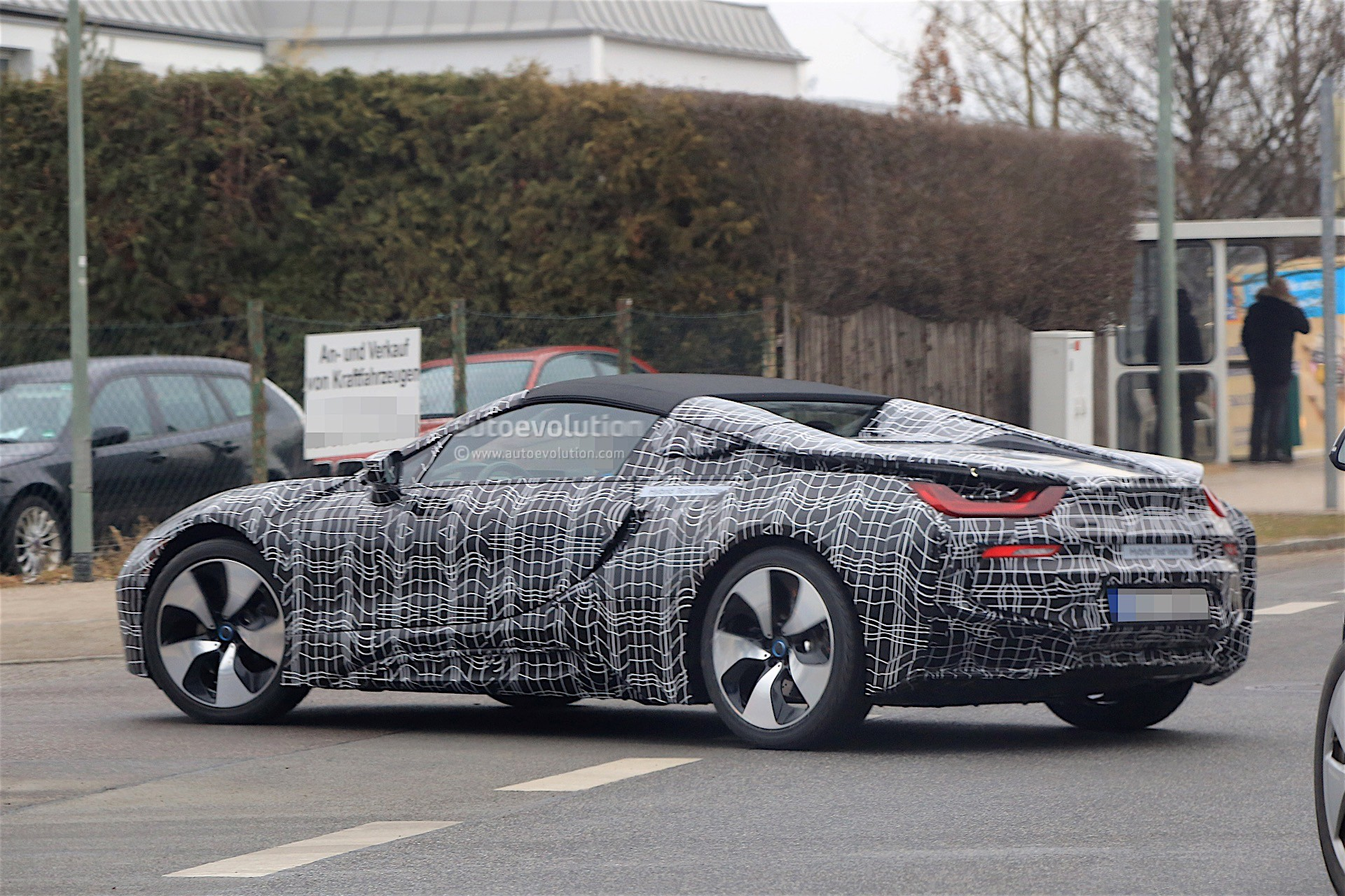 2018 Bmw I8 Spyder Prototype Spied Everything Looks Ready