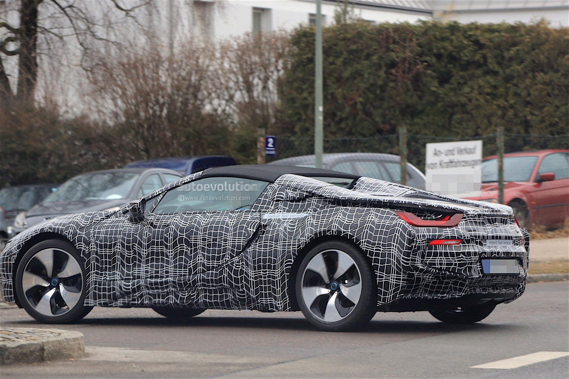 2018 Bmw I8 Spyder Prototype Spied Everything Looks Ready For