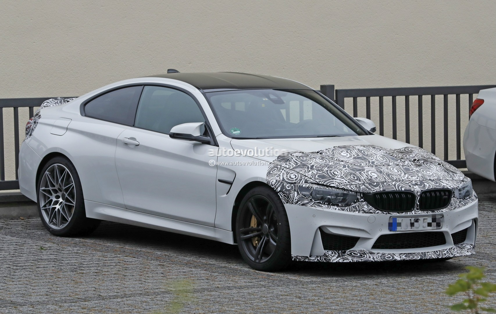 Bmw M240i Test >> 2018 BMW M4 Facelift CS Special Edition Spied, Shows Aggressive Aerodynamics - autoevolution