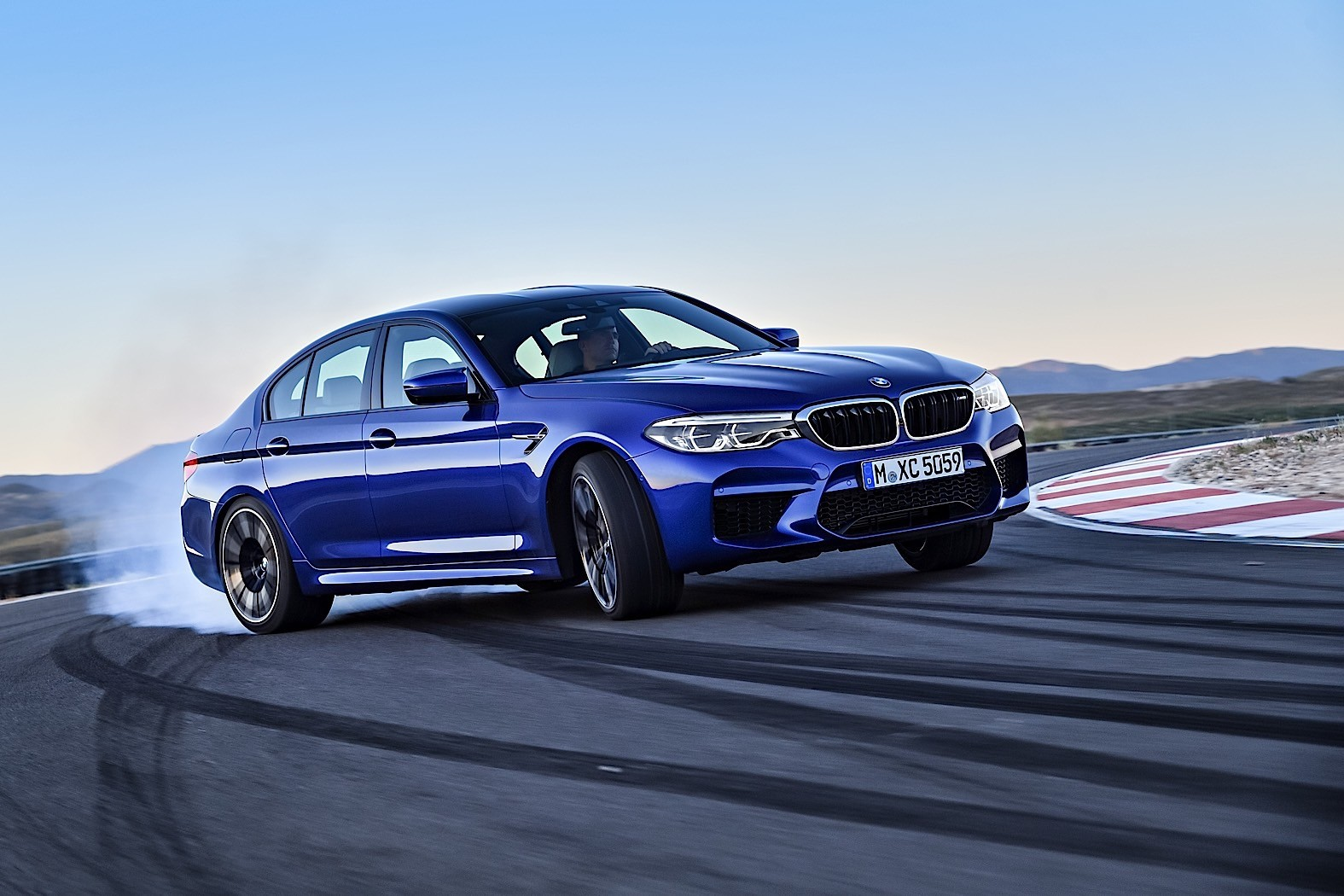 2018 Bmw M5 Unveiled With 600 Ps Awd And Rwd Autoevolution