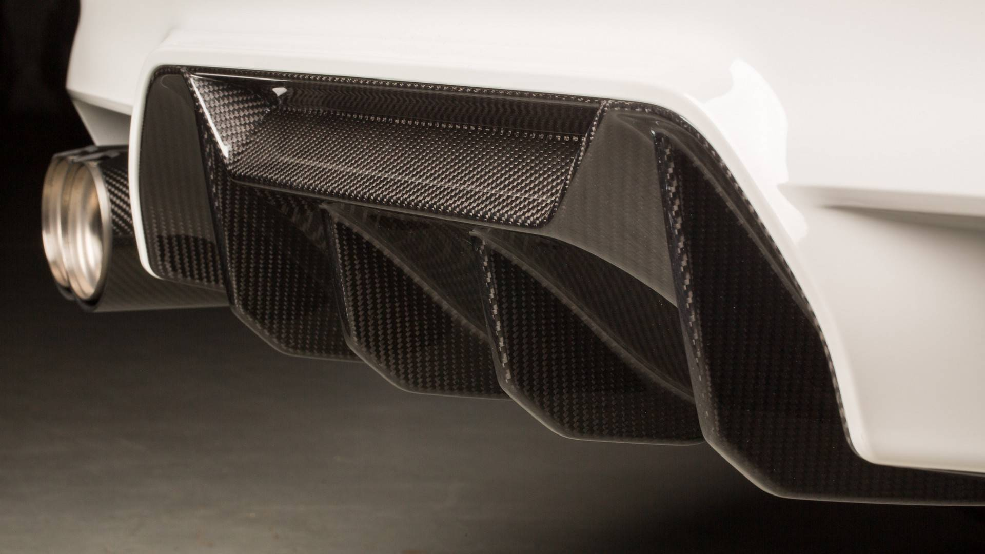 Carbon Fiber Extravaganza: 2018 BMW M5 With M Performance ...