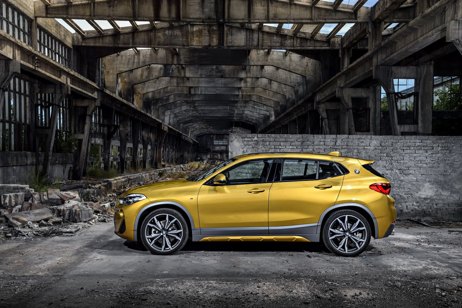 2018 Bmw X2 F39 Goes Official Boasts Head Turning Exterior Design Autoevolution