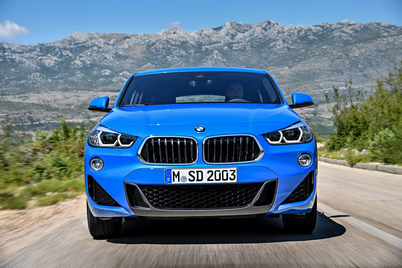 Bmw X2 Business Design >> 2018 BMW X2 (F39) Goes Official, Boasts Head-Turning Exterior Design - autoevolution