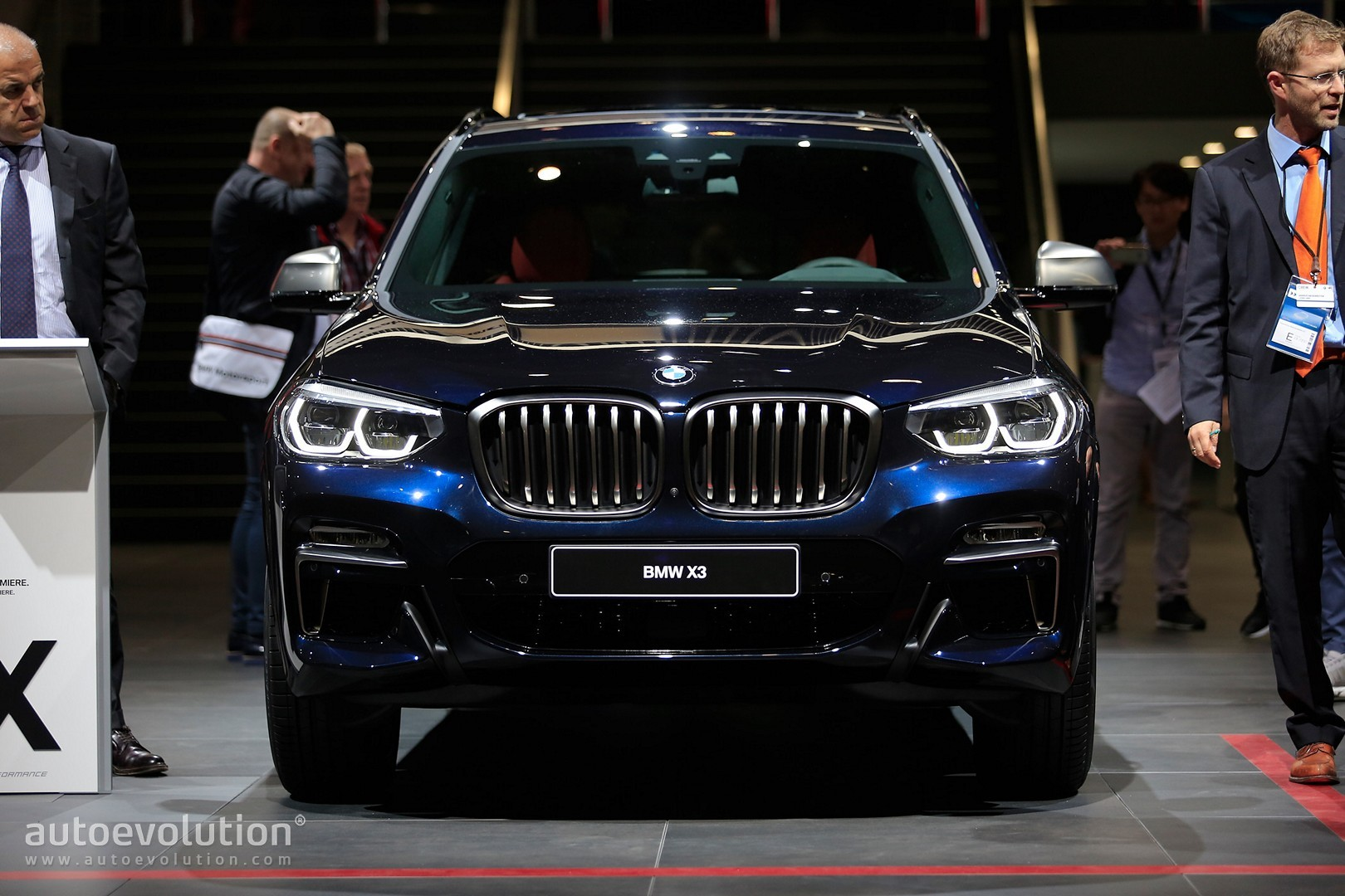 2018 bmw x3 m40i acceleration test goes to 260 km h on. Black Bedroom Furniture Sets. Home Design Ideas