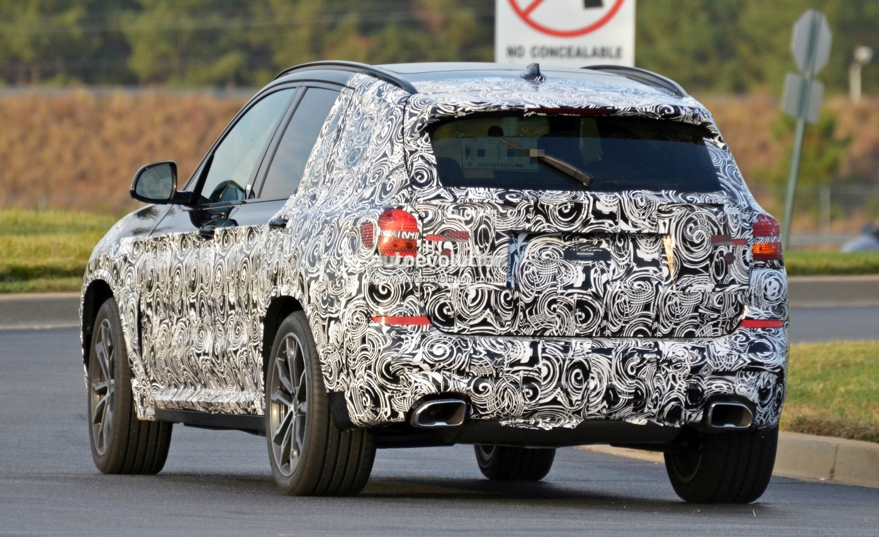 2016 - [BMW] X3 [G01] - Page 5 2018-bmw-x3-spied-at-spartanburg-plant-with-less-camouflage-shows-mature-design_10
