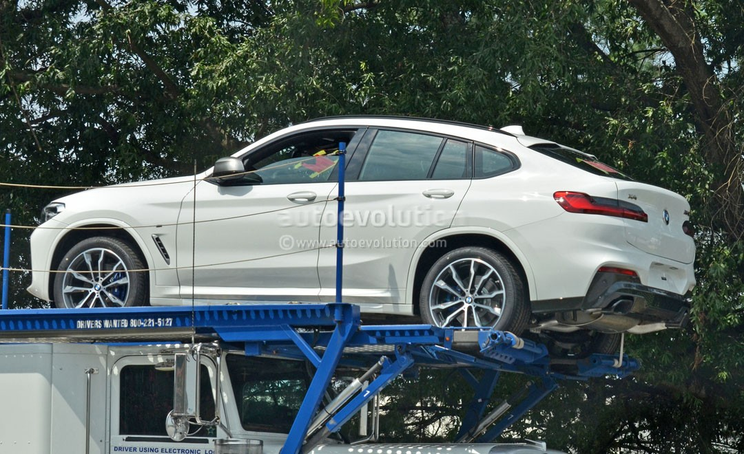 spyshots 2018 bmw x4 loses all camo to reveal a mercedes glc coupe new engine autoevolution. Black Bedroom Furniture Sets. Home Design Ideas