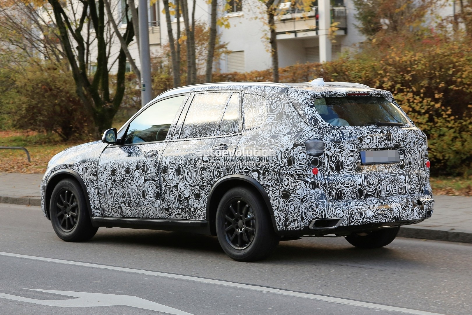 2018 - [BMW] X5 IV [G05] - Page 2 2018-bmw-x5-pre-production-prototype-first-spyshtos-reveal-huge-kidney-grilles_16