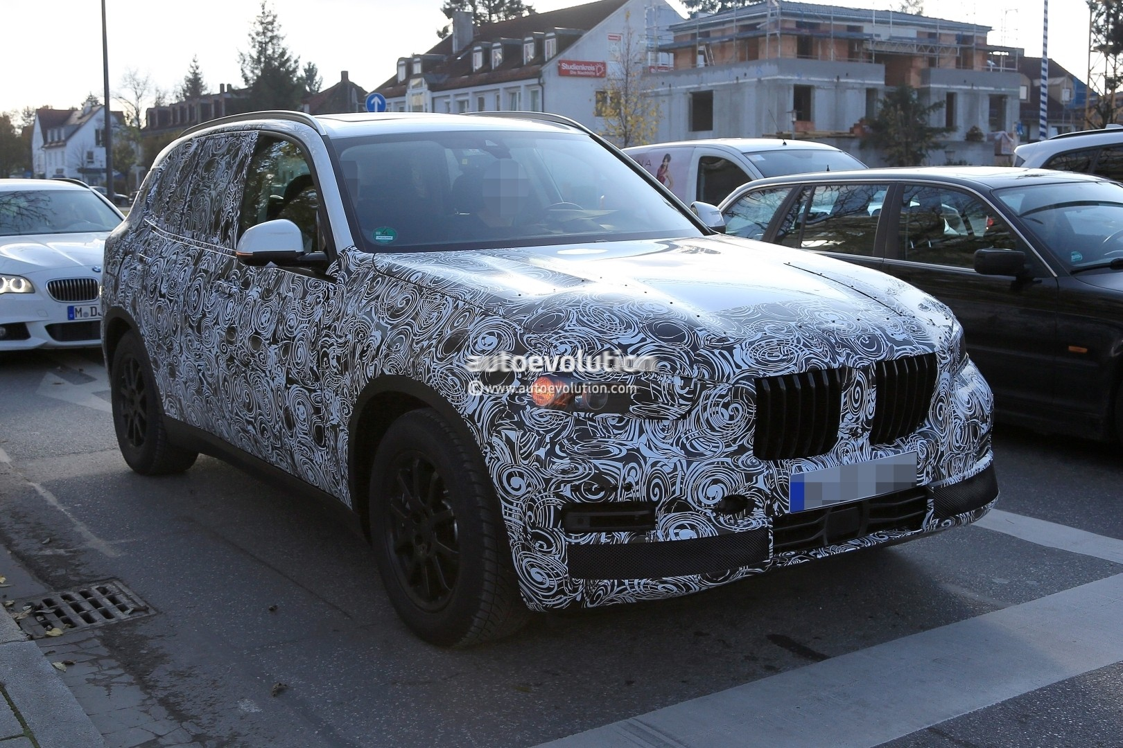 2018 - [BMW] X5 IV [G05] - Page 2 2018-bmw-x5-pre-production-prototype-first-spyshtos-reveal-huge-kidney-grilles_3