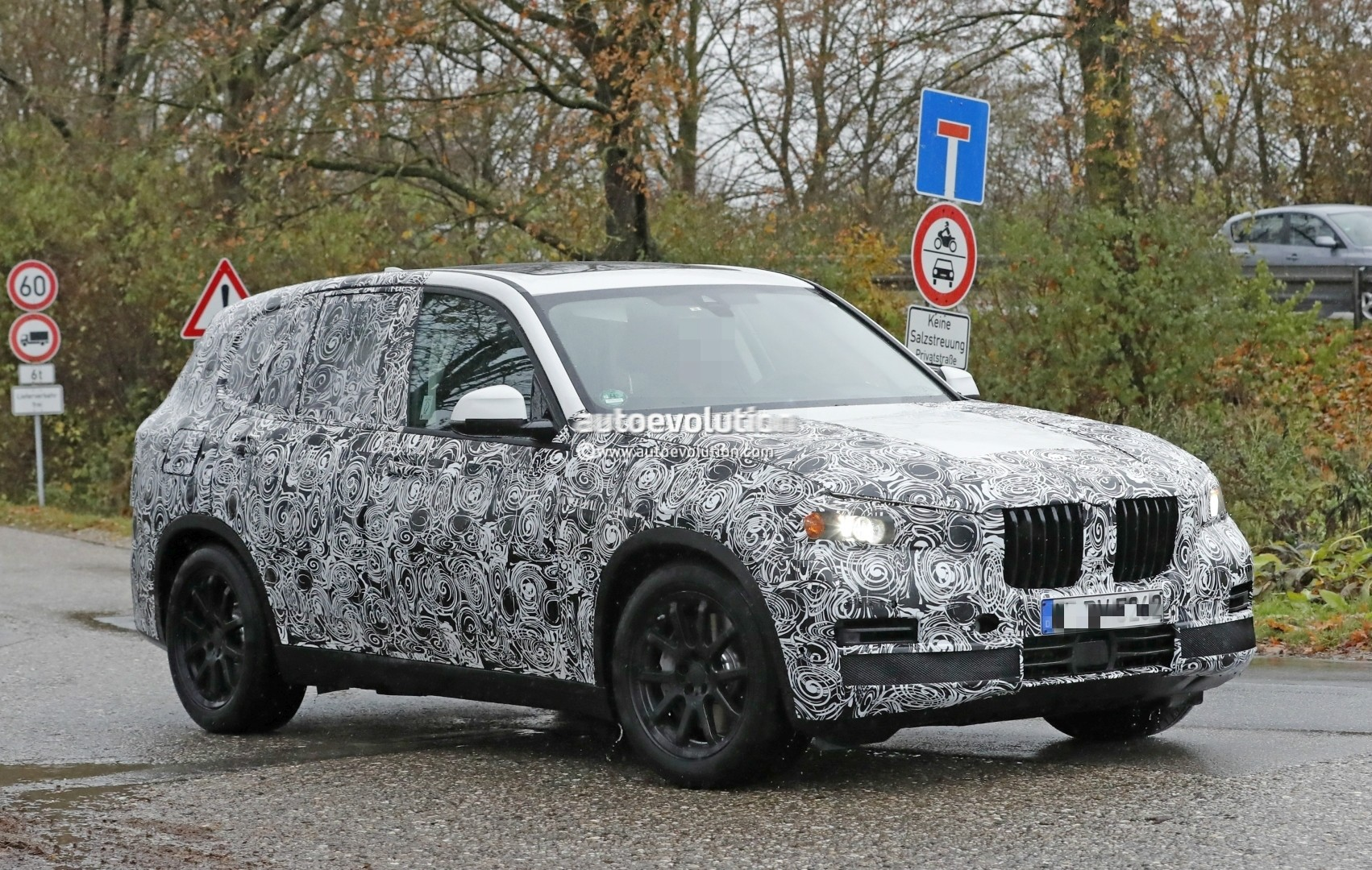 2018 - [BMW] X5 IV [G05] - Page 2 2018-bmw-x5-spied-will-offer-a-more-dynamic-design_3
