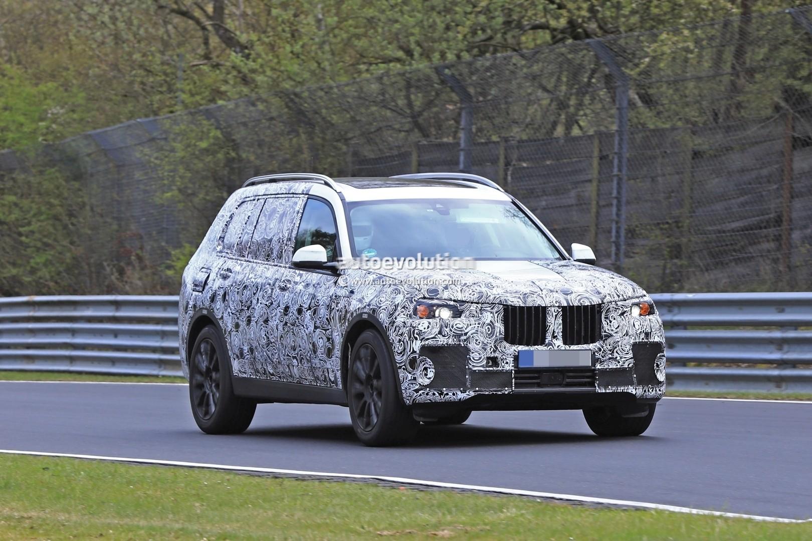 2017 - [BMW] X7 [G07] - Page 7 2018-bmw-x7-hits-the-nurburgring-prototype-tilts-like-a-bavarian-elephant_10