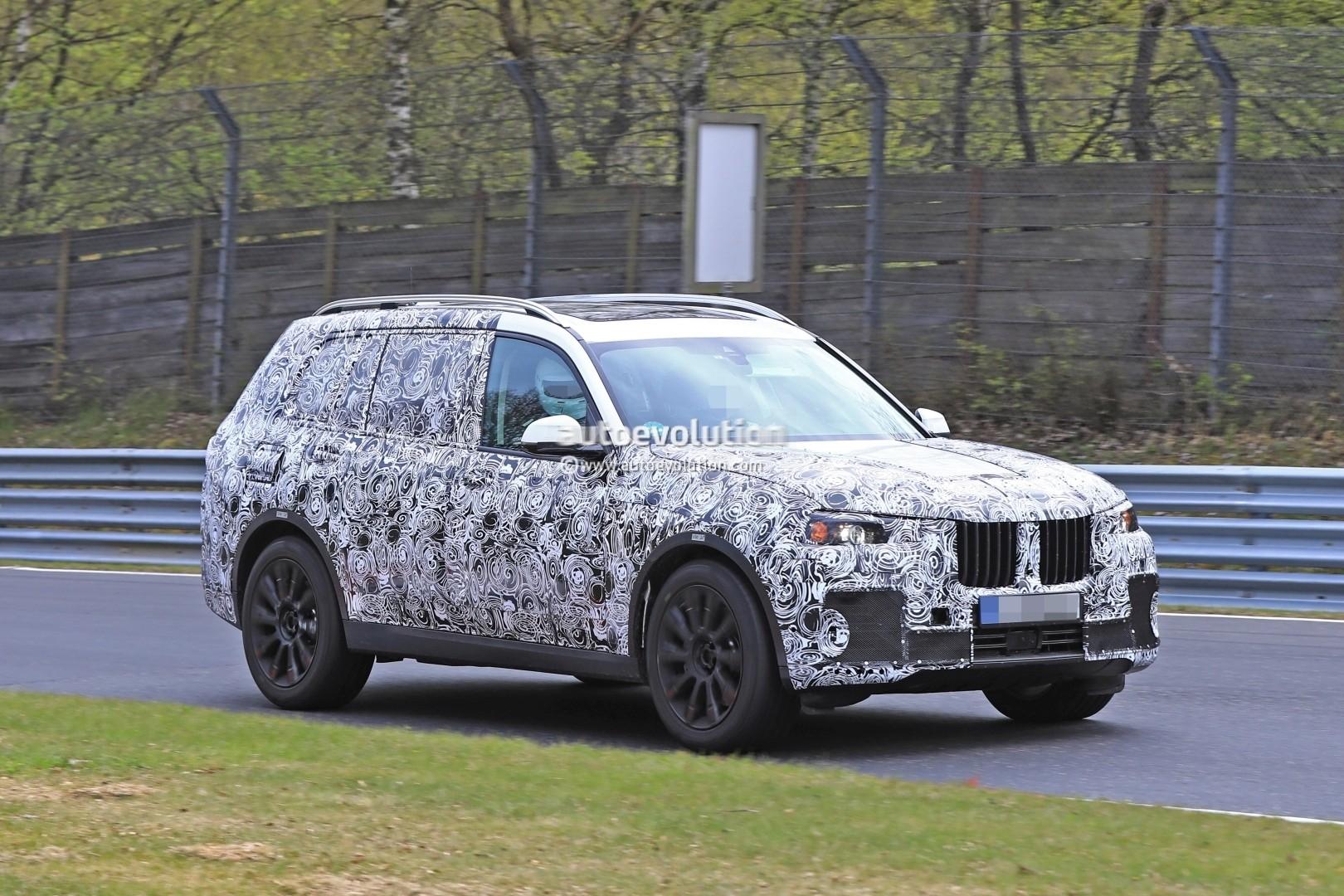 2017 - [BMW] X7 [G07] - Page 7 2018-bmw-x7-hits-the-nurburgring-prototype-tilts-like-a-bavarian-elephant_11