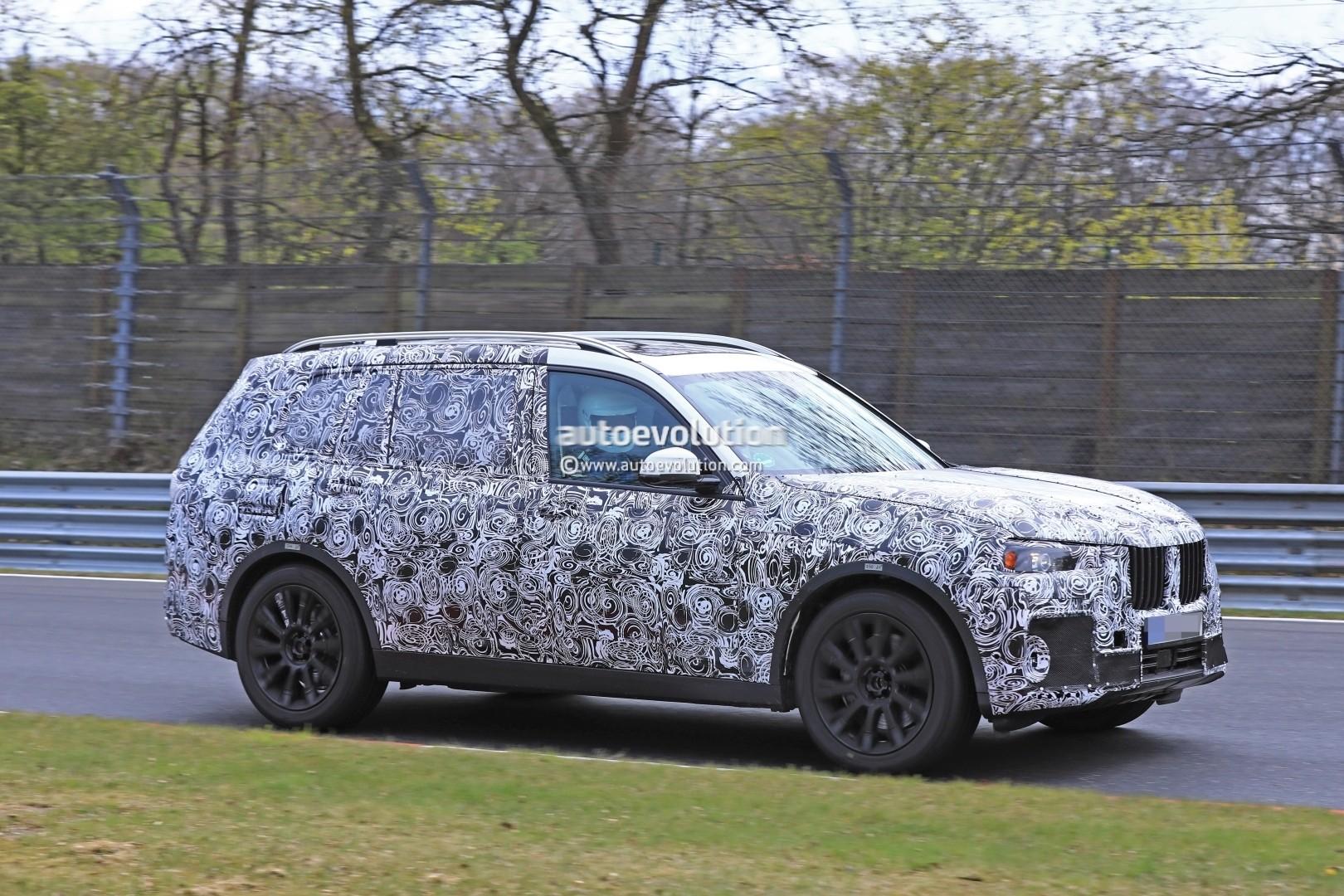 2017 - [BMW] X7 [G07] - Page 7 2018-bmw-x7-hits-the-nurburgring-prototype-tilts-like-a-bavarian-elephant_12