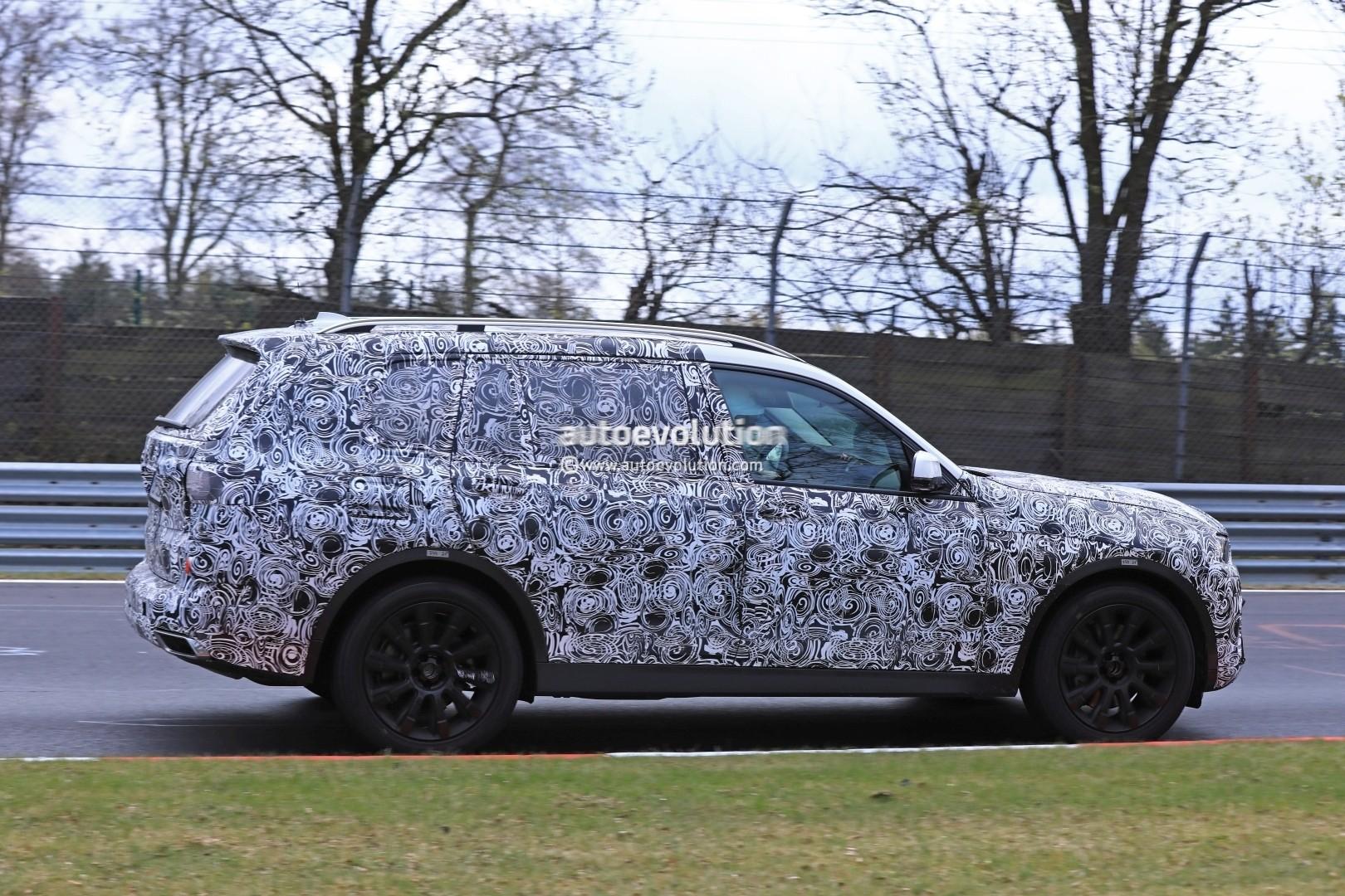 2017 - [BMW] X7 [G07] - Page 7 2018-bmw-x7-hits-the-nurburgring-prototype-tilts-like-a-bavarian-elephant_13