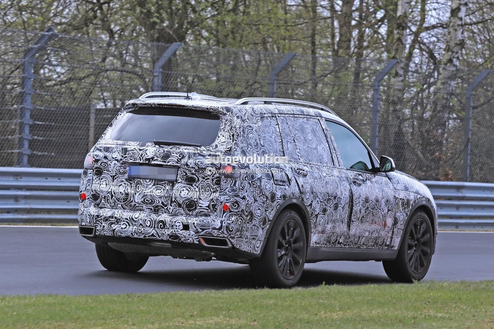 2017 - [BMW] X7 [G07] - Page 7 2018-bmw-x7-hits-the-nurburgring-prototype-tilts-like-a-bavarian-elephant_15