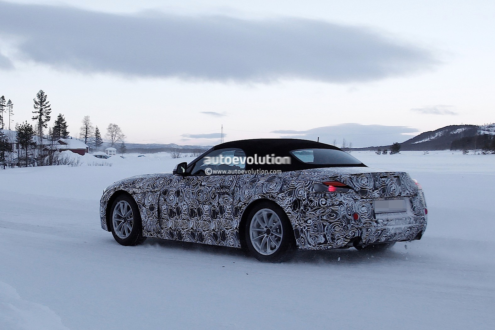 2018 Bmw Z5 Spyshots Show Production Rear End For The