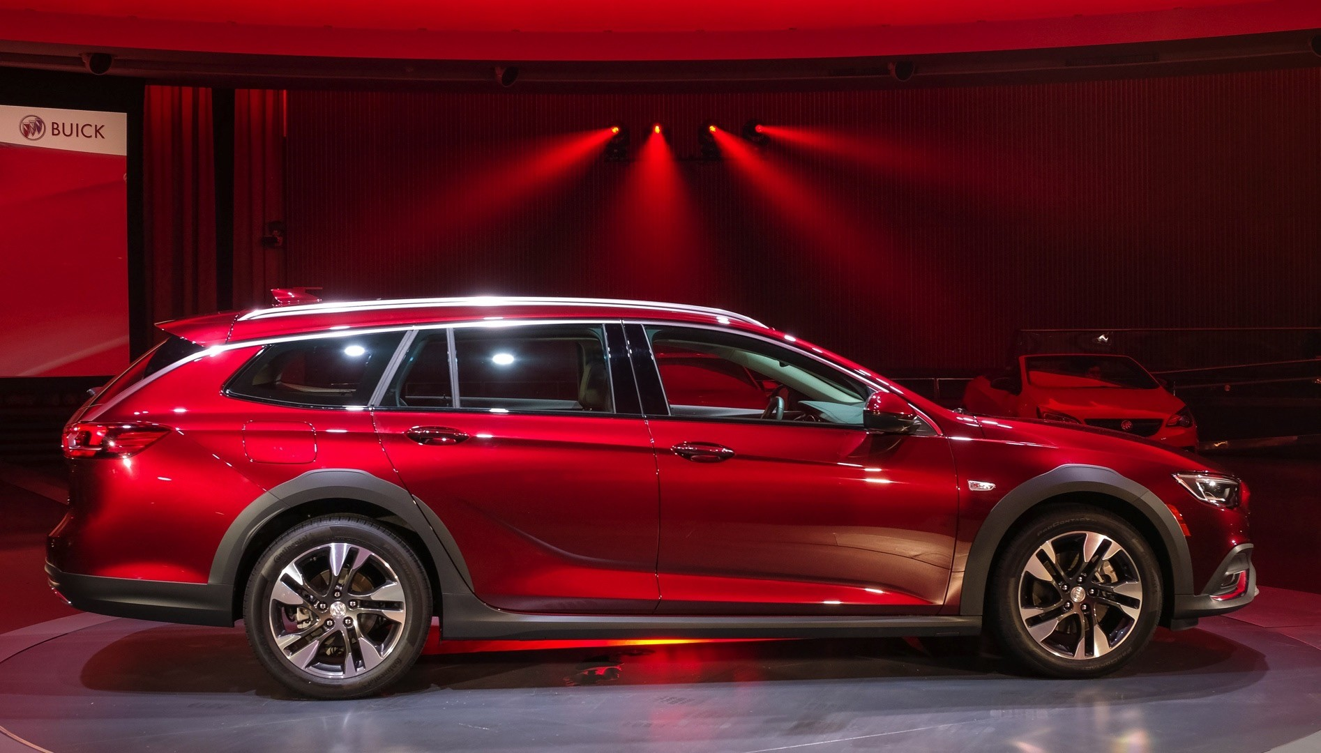 2018 buick regal gs leak suggests v6 power and awd autoevolution. Black Bedroom Furniture Sets. Home Design Ideas