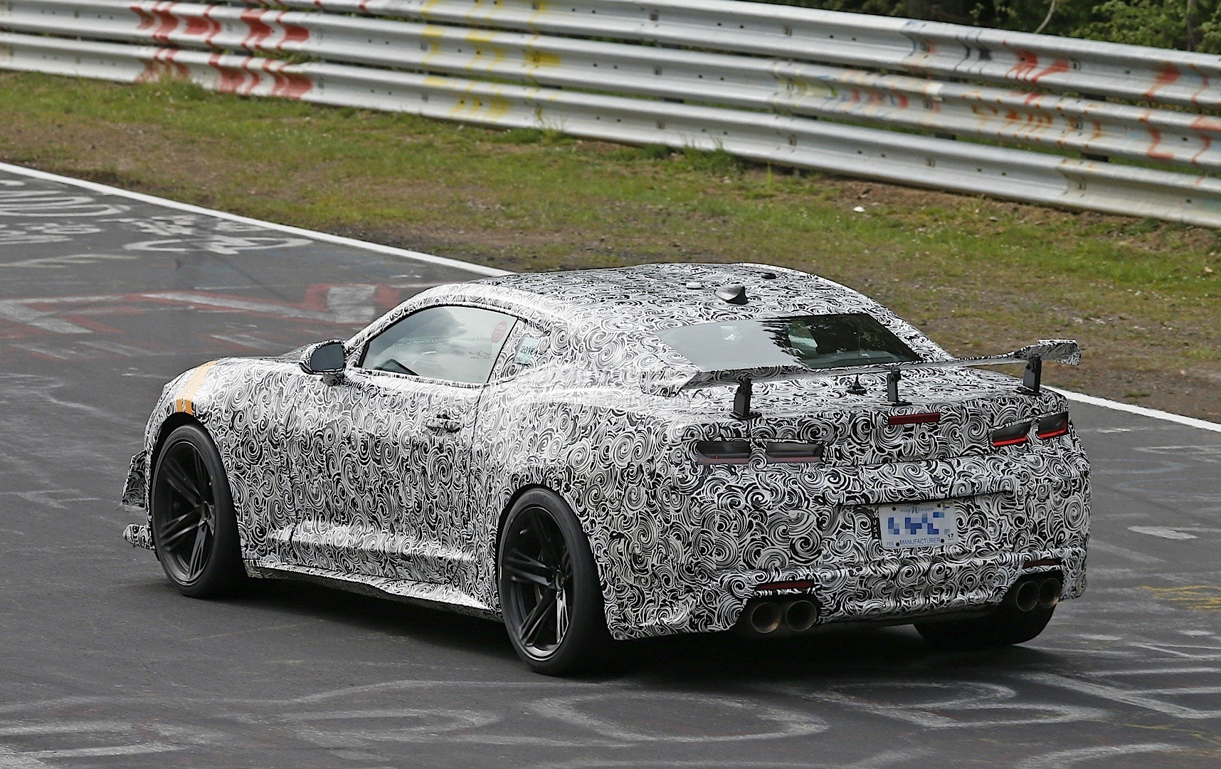 2018 chevrolet camaro z28. plain chevrolet 2018 chevrolet camaro z28 spied on the nurburgring and chevrolet camaro z28 8