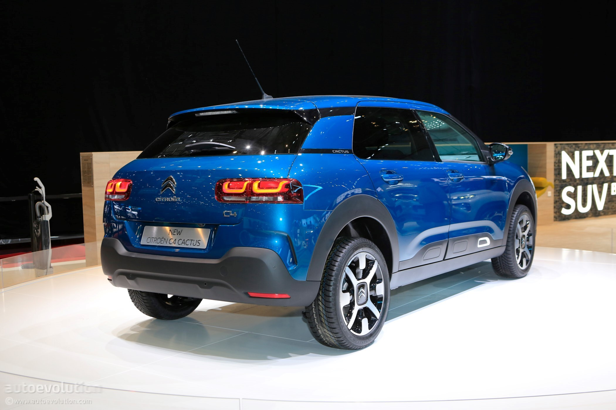 citroen c4 cactus receives 4 star rating from euro ncap autoevolution. Black Bedroom Furniture Sets. Home Design Ideas