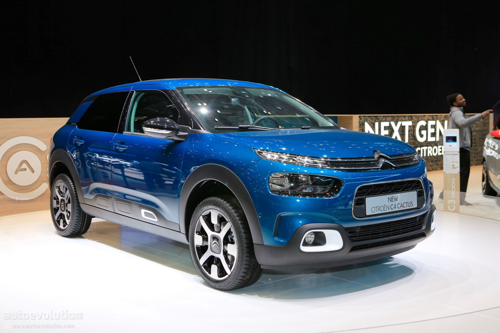 2018 citroen berlingo multispace joins facelifted c4 cactus on stage in geneva autoevolution. Black Bedroom Furniture Sets. Home Design Ideas