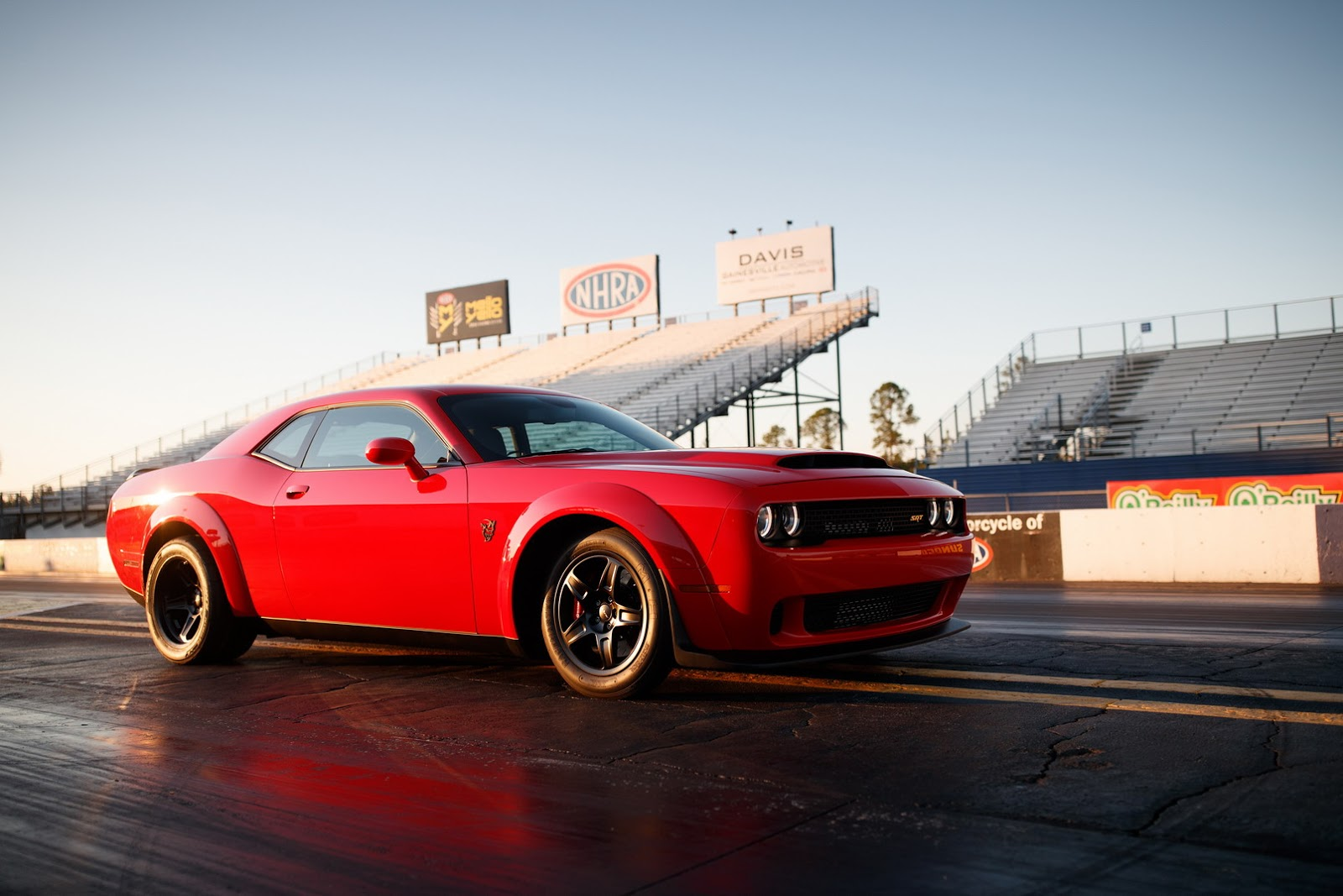 2018 dodge demon goes official as the world s fastest 1 4 mile production car autoevolution. Black Bedroom Furniture Sets. Home Design Ideas