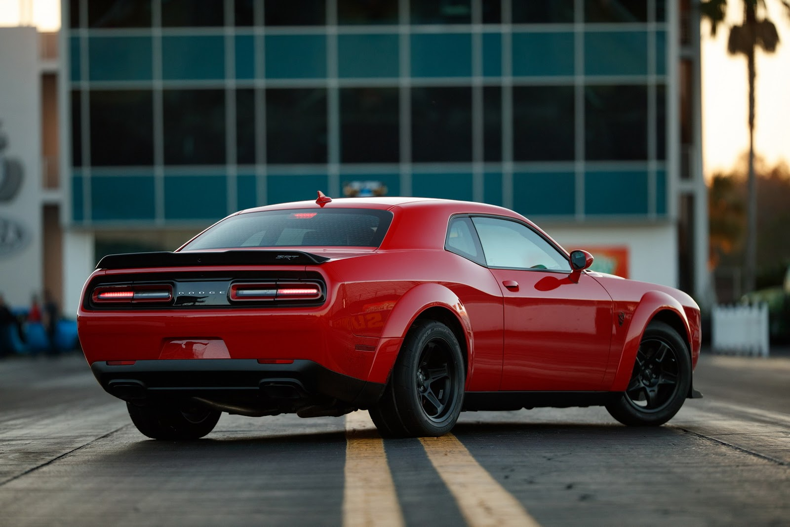 2018 dodge demon price will be well below six figures autoevolution. Black Bedroom Furniture Sets. Home Design Ideas