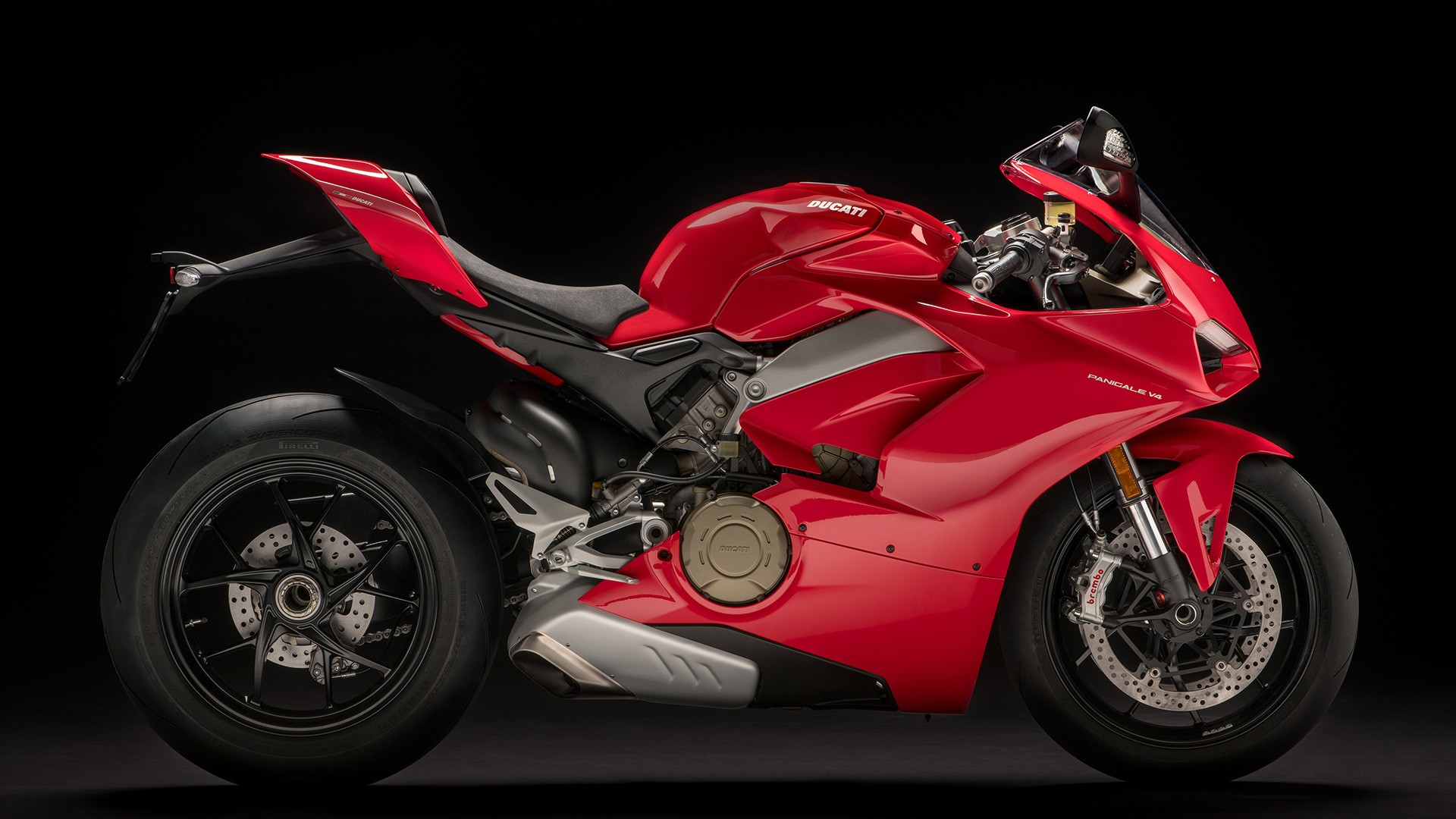 2018 Ducati Panigale V4 Breaks Cover at EICMA And Is Amazing - autoevolution