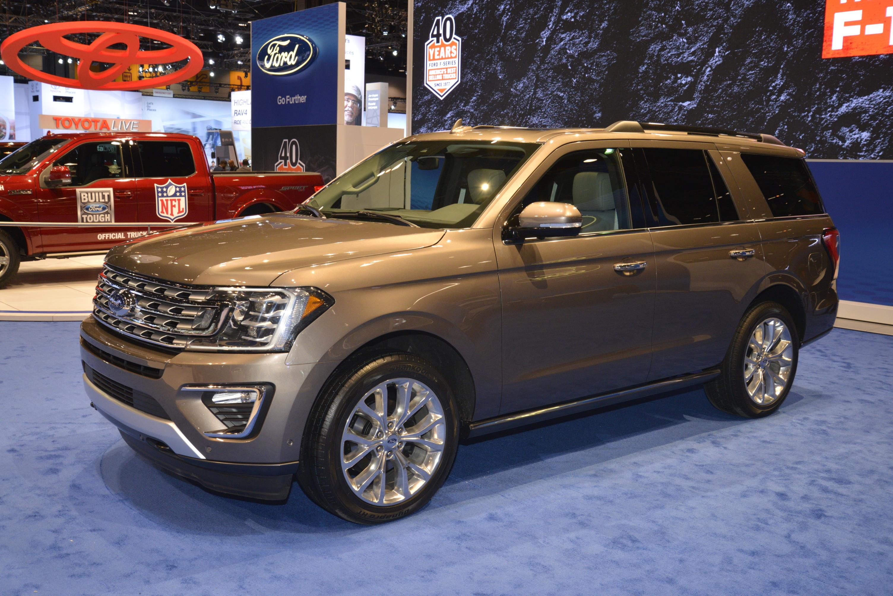 2018 Expedition is Ford's Range Rover at the Chicago Auto Show - autoevolution