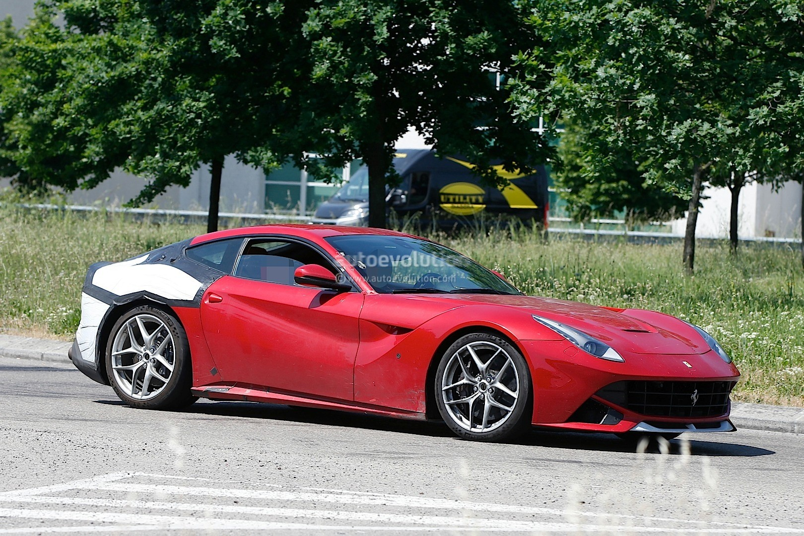 2018 ferrari f12 m specifications allegedly leaked on ferrari chat