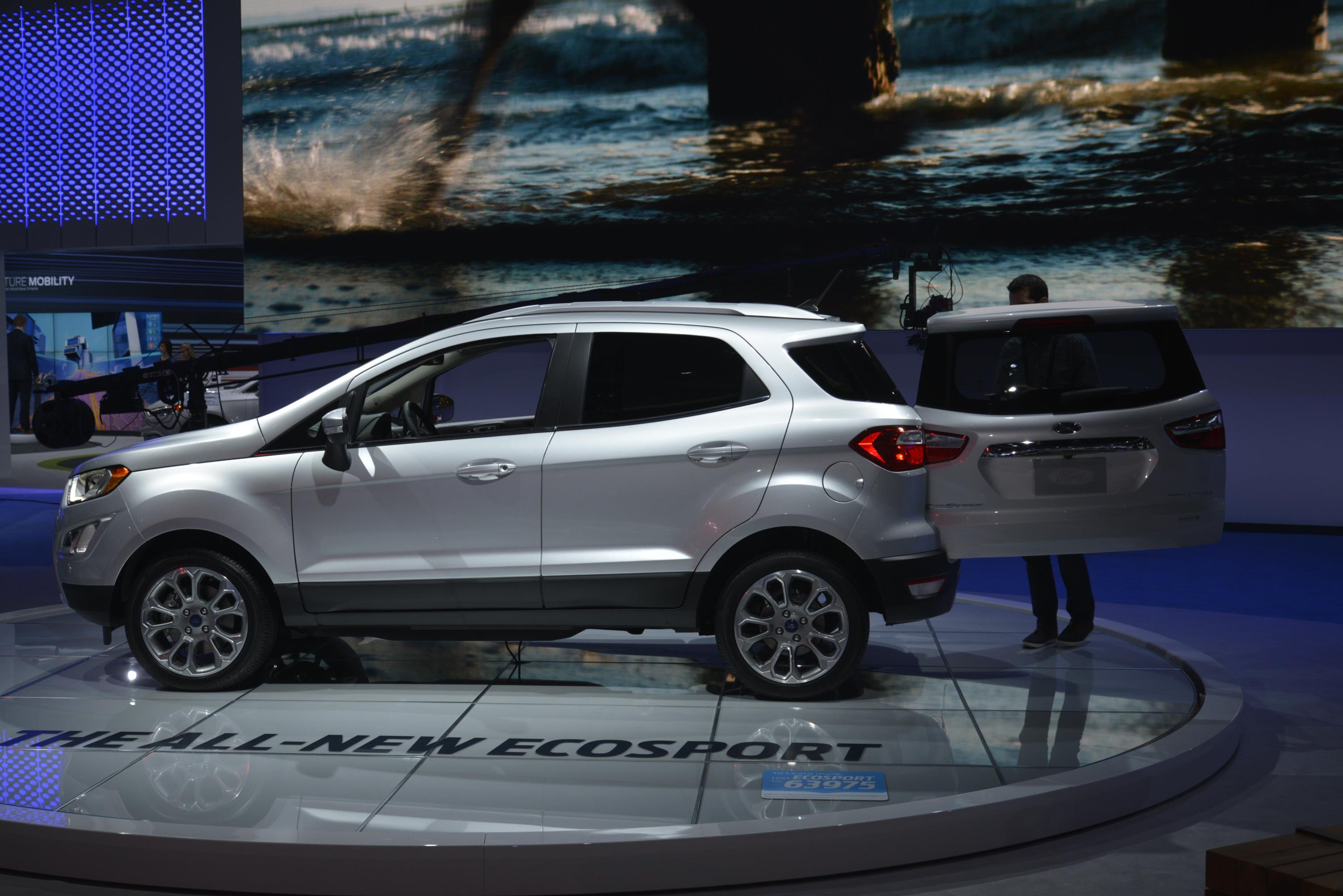 2018 Ford EcoSport Looks Ugly as Sin in Los Angeles ...
