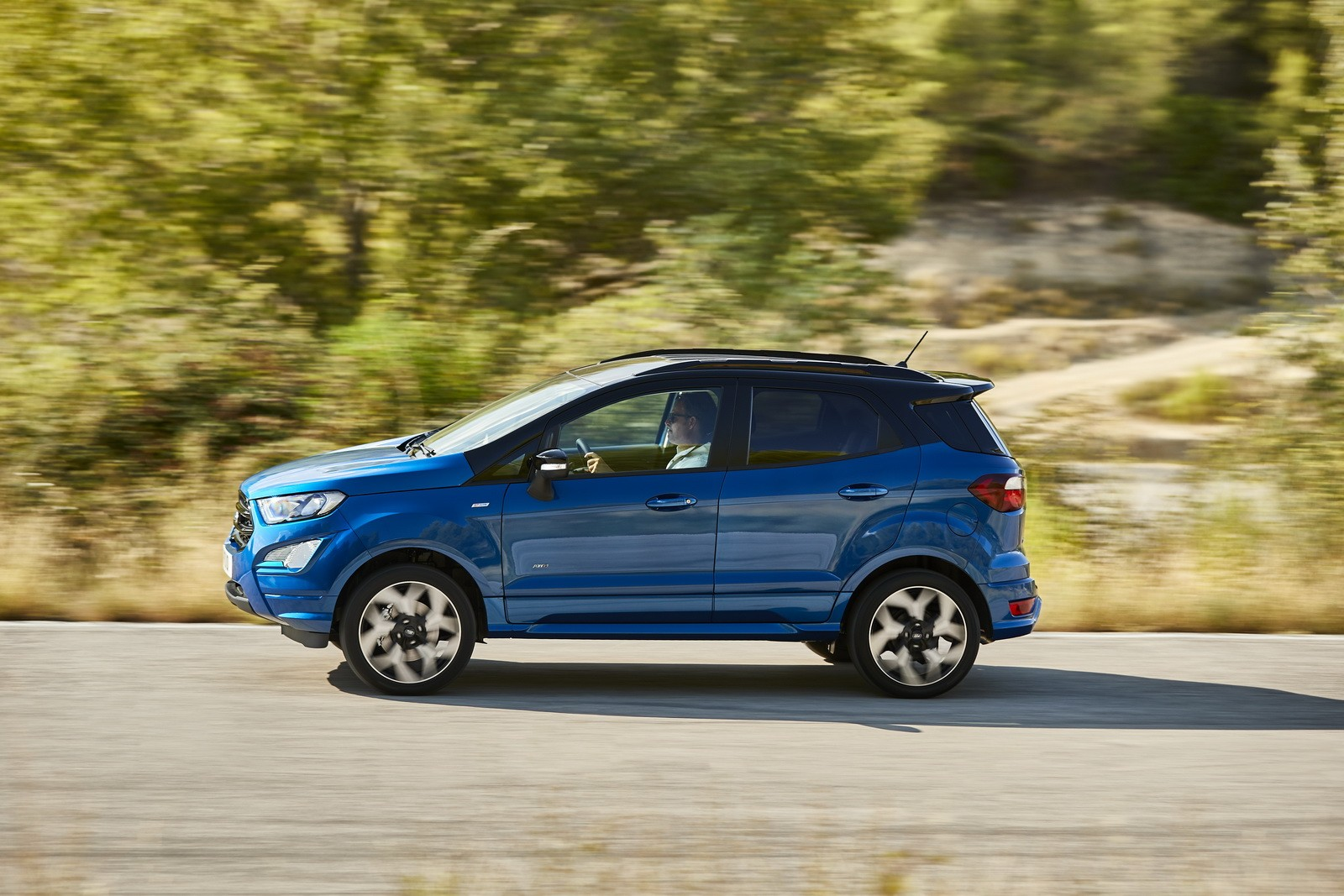 ford reveals ecosport facelift with st look 1 5l diesel and european assembly