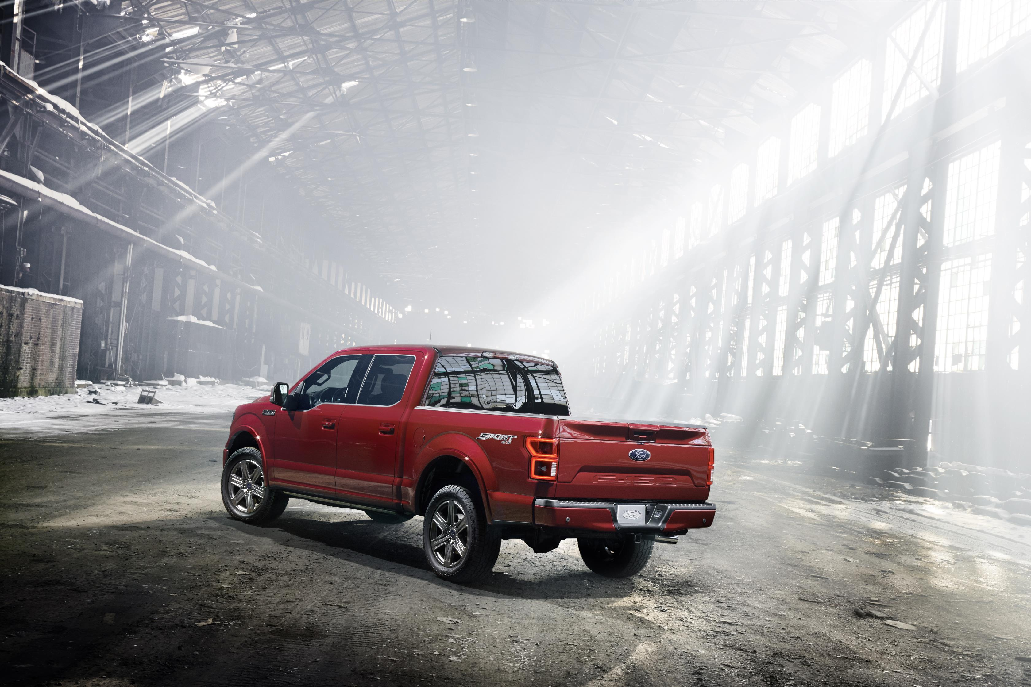 The automaker gives the 2 7 liter ecoboost v6 with the 10 speed automatic transmission as an example with this combo being capable of returning an