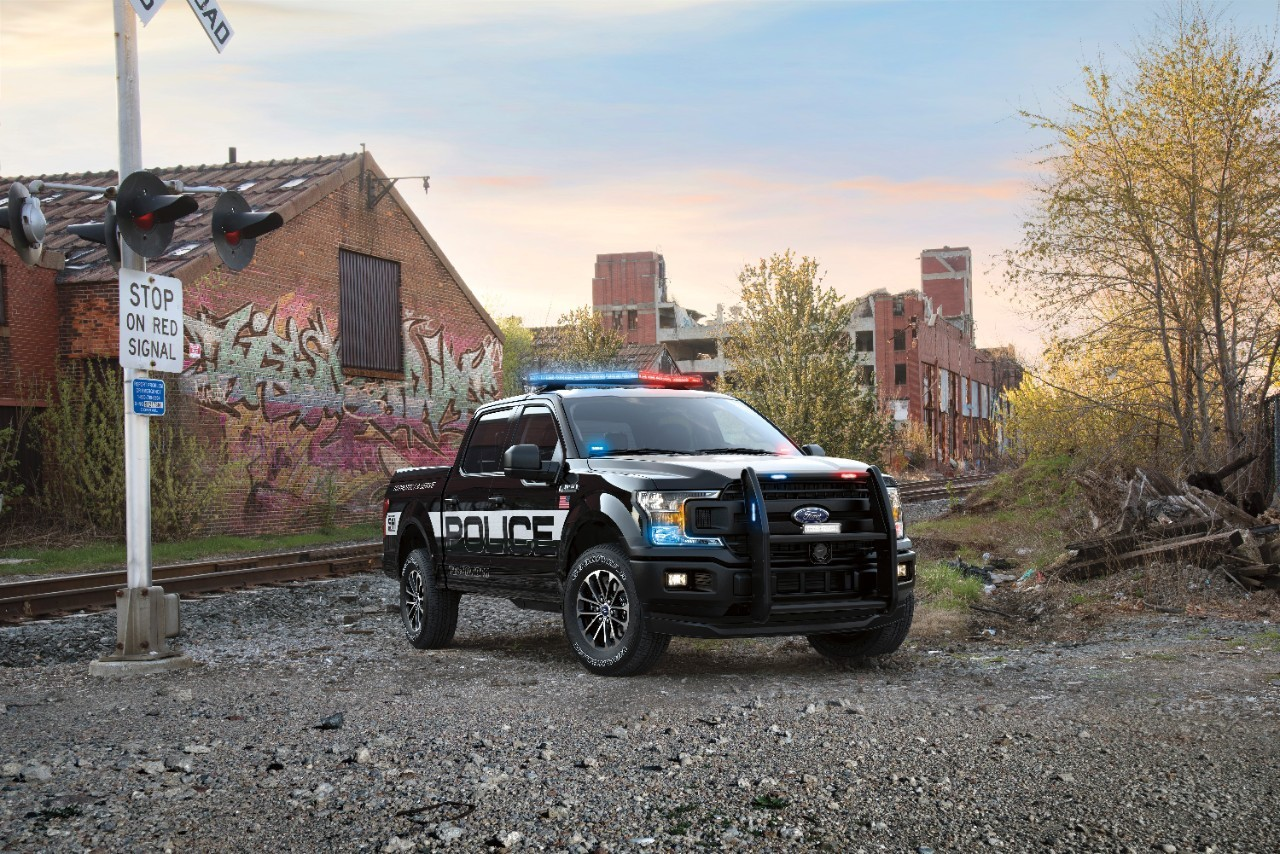 Ford reveals first-ever F-150 police truck