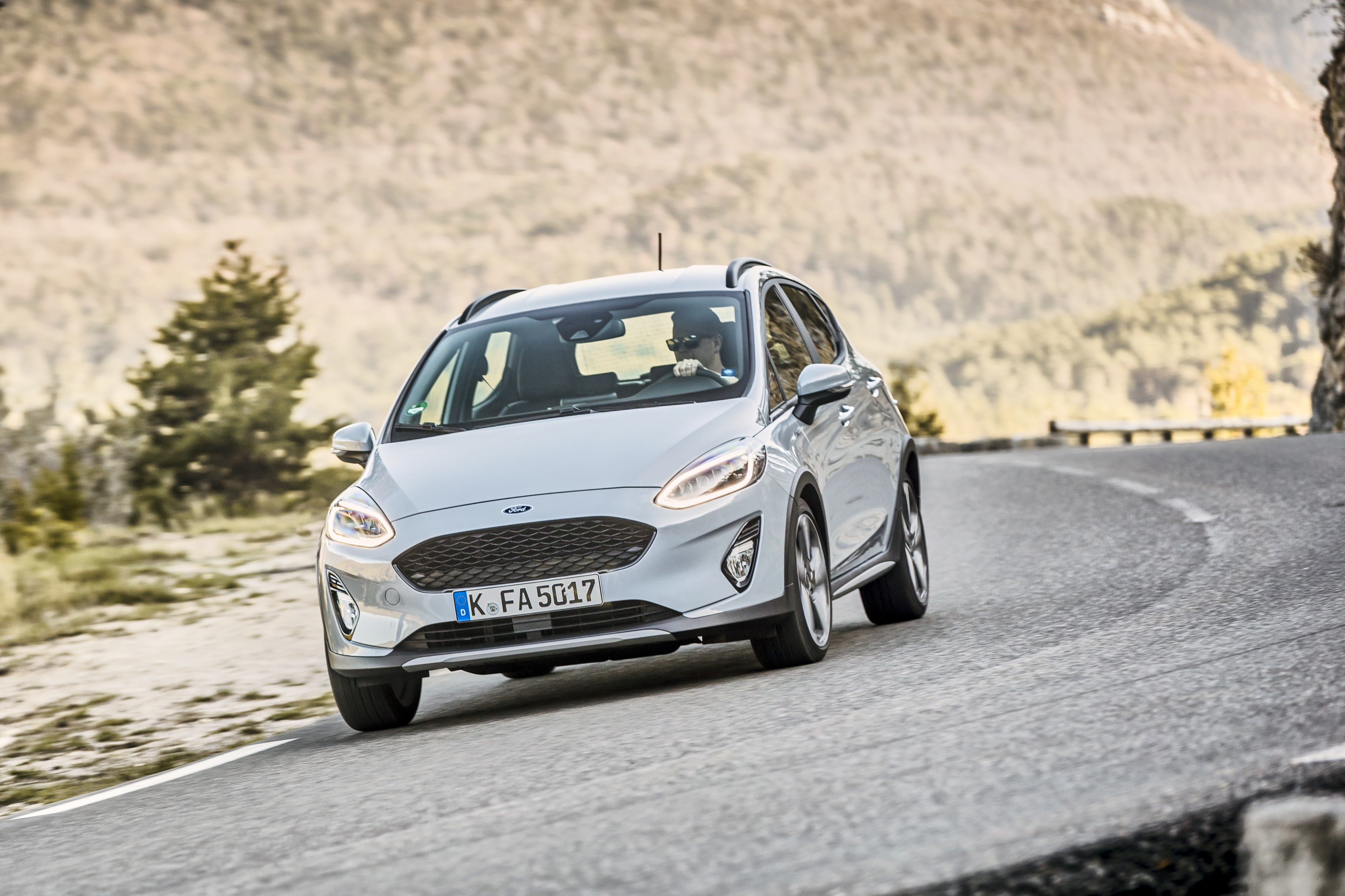 2018 ford fiesta active detailed described as being a crossover autoevolution. Black Bedroom Furniture Sets. Home Design Ideas