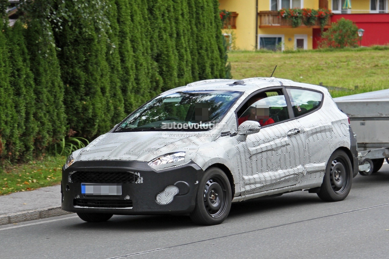 2018 ford fiesta mk7 spied towing its little heart out autoevolution. Black Bedroom Furniture Sets. Home Design Ideas