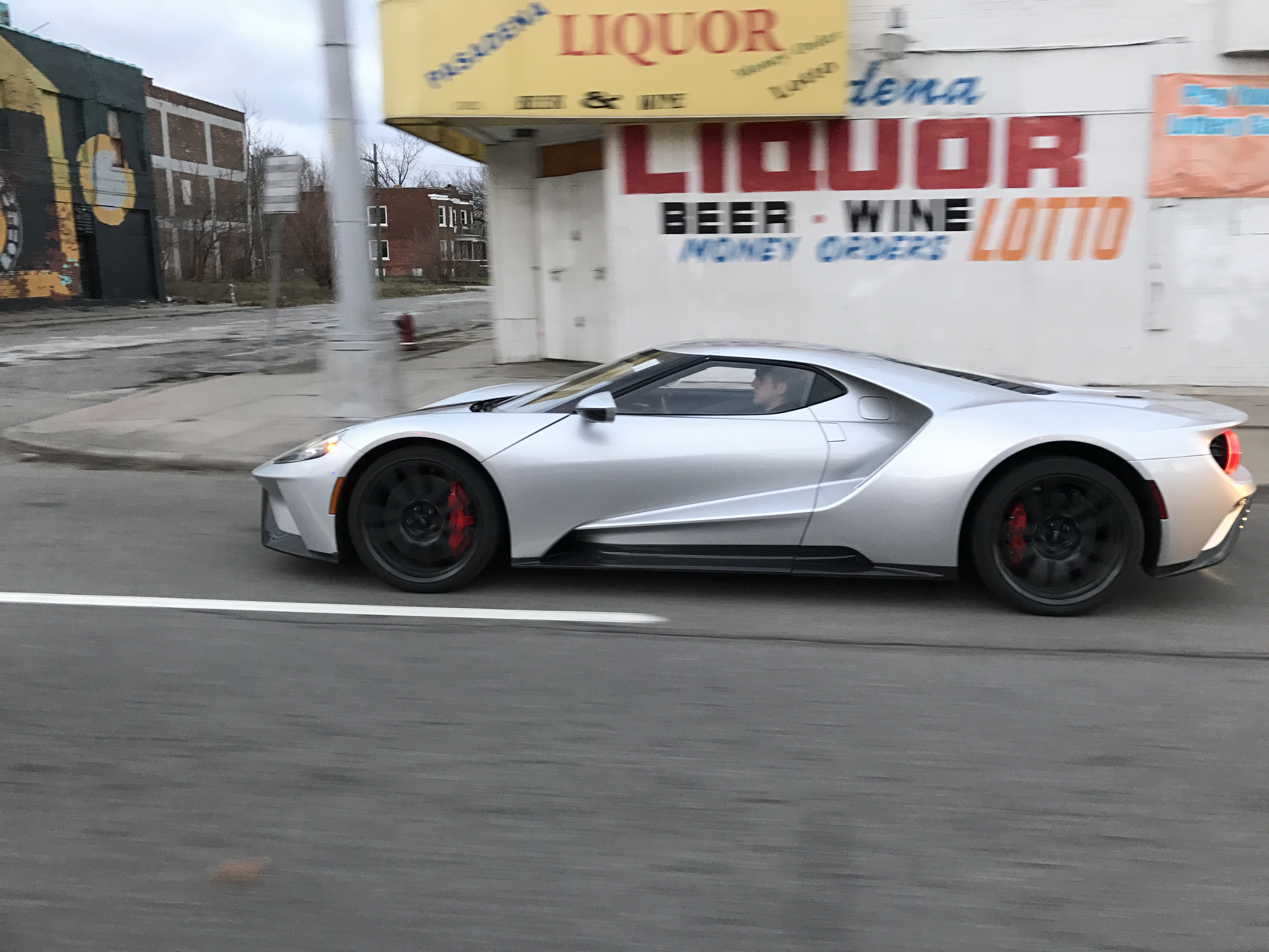 2018 ford gt. delighful ford fully naked 2017 ford gt roams the streets of detroit intended 2018 ford gt