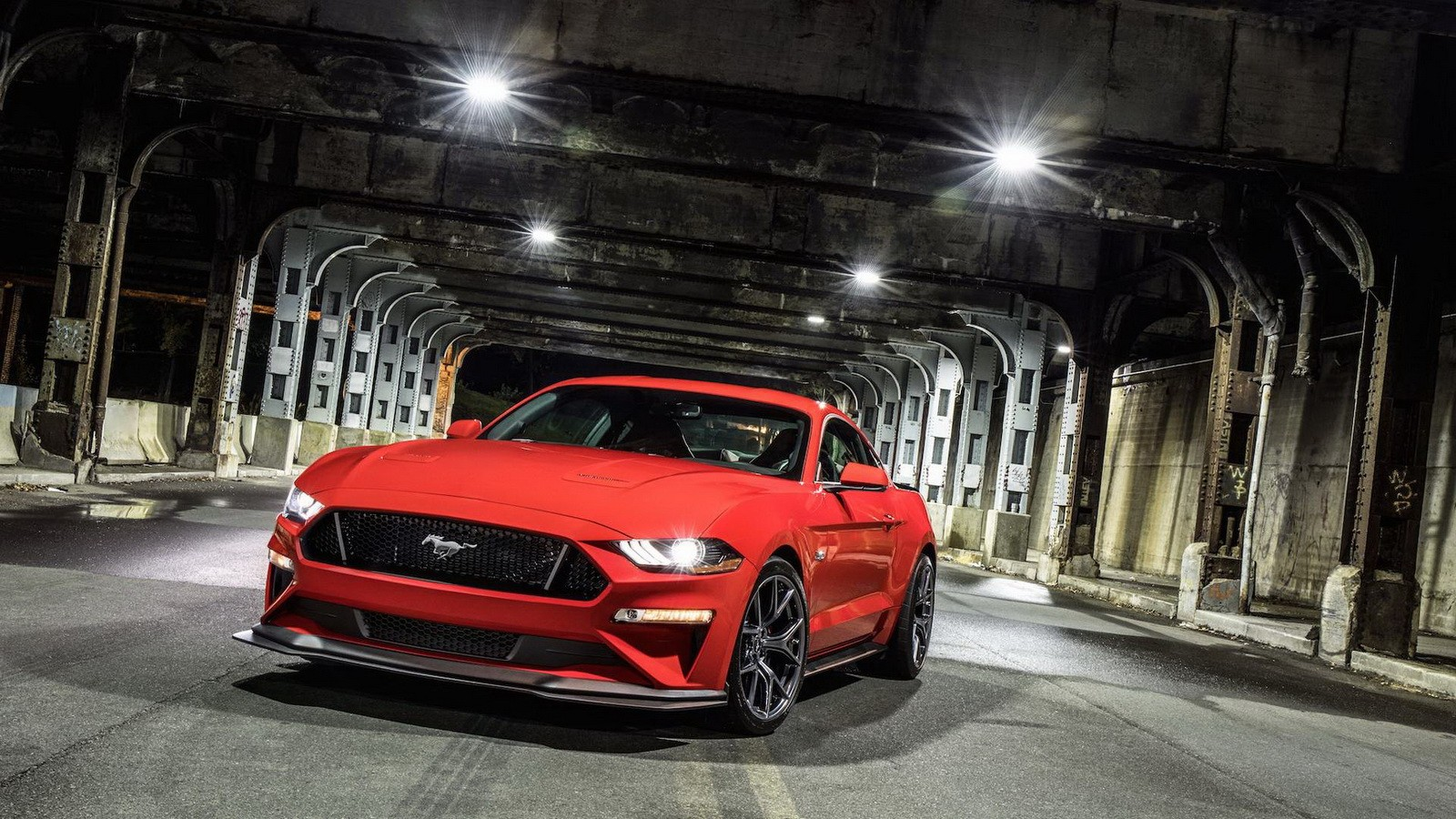 2018 Ford Mustang GT Features Upgraded MT82 Manual Transmission